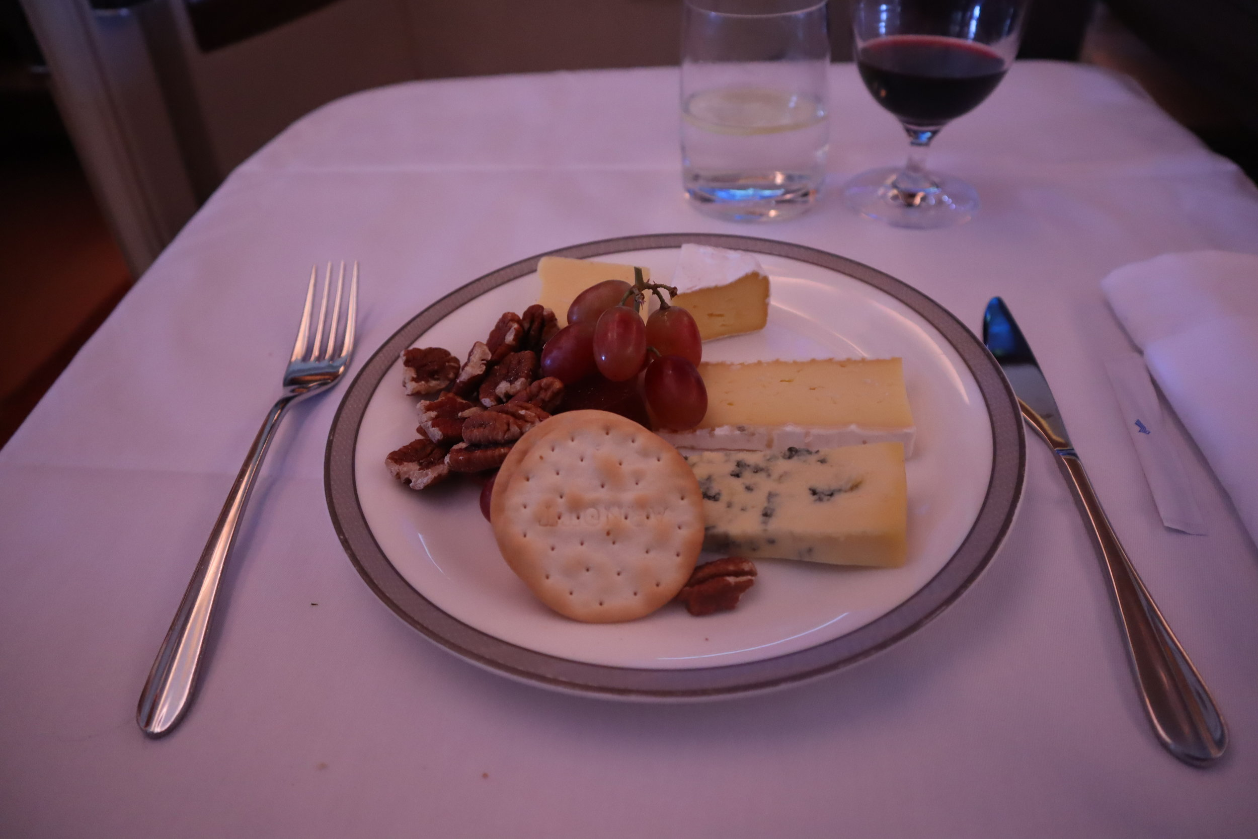 Singapore Airlines Suites Class – Cheese plate