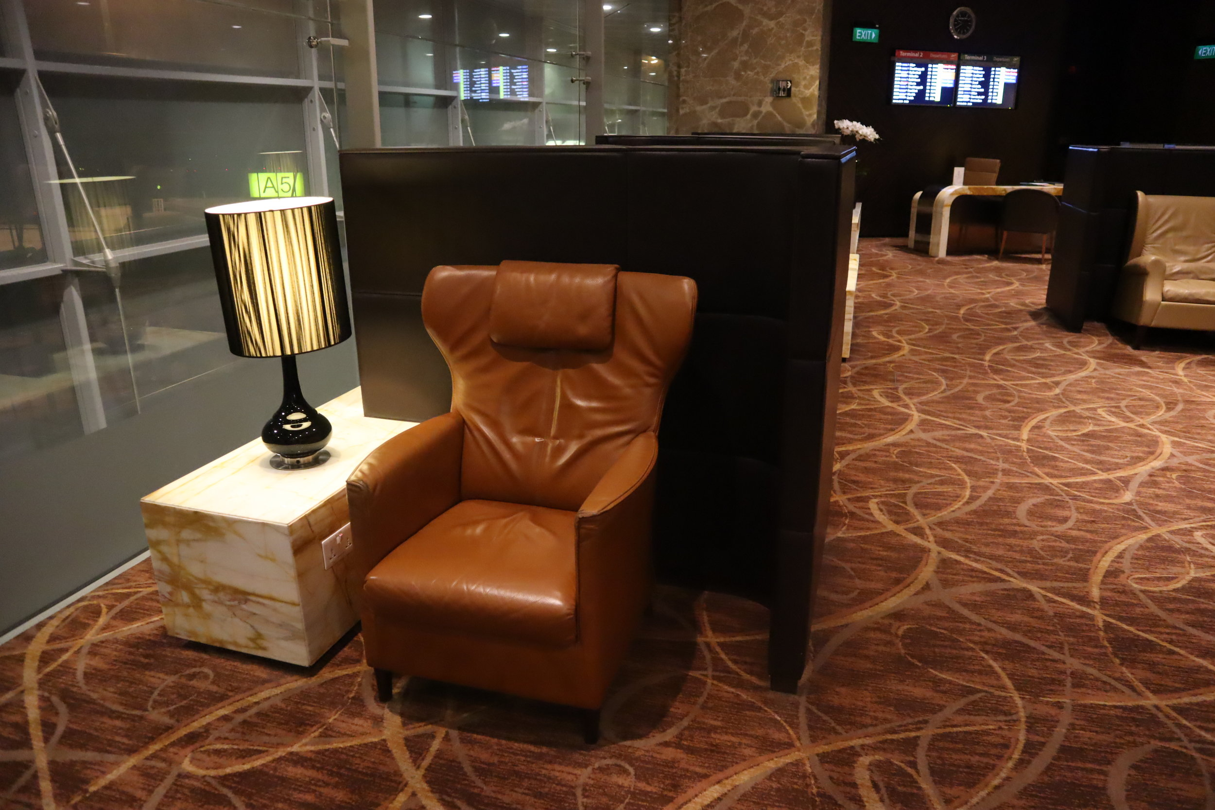 The Private Room by Singapore Airlines – Private seat