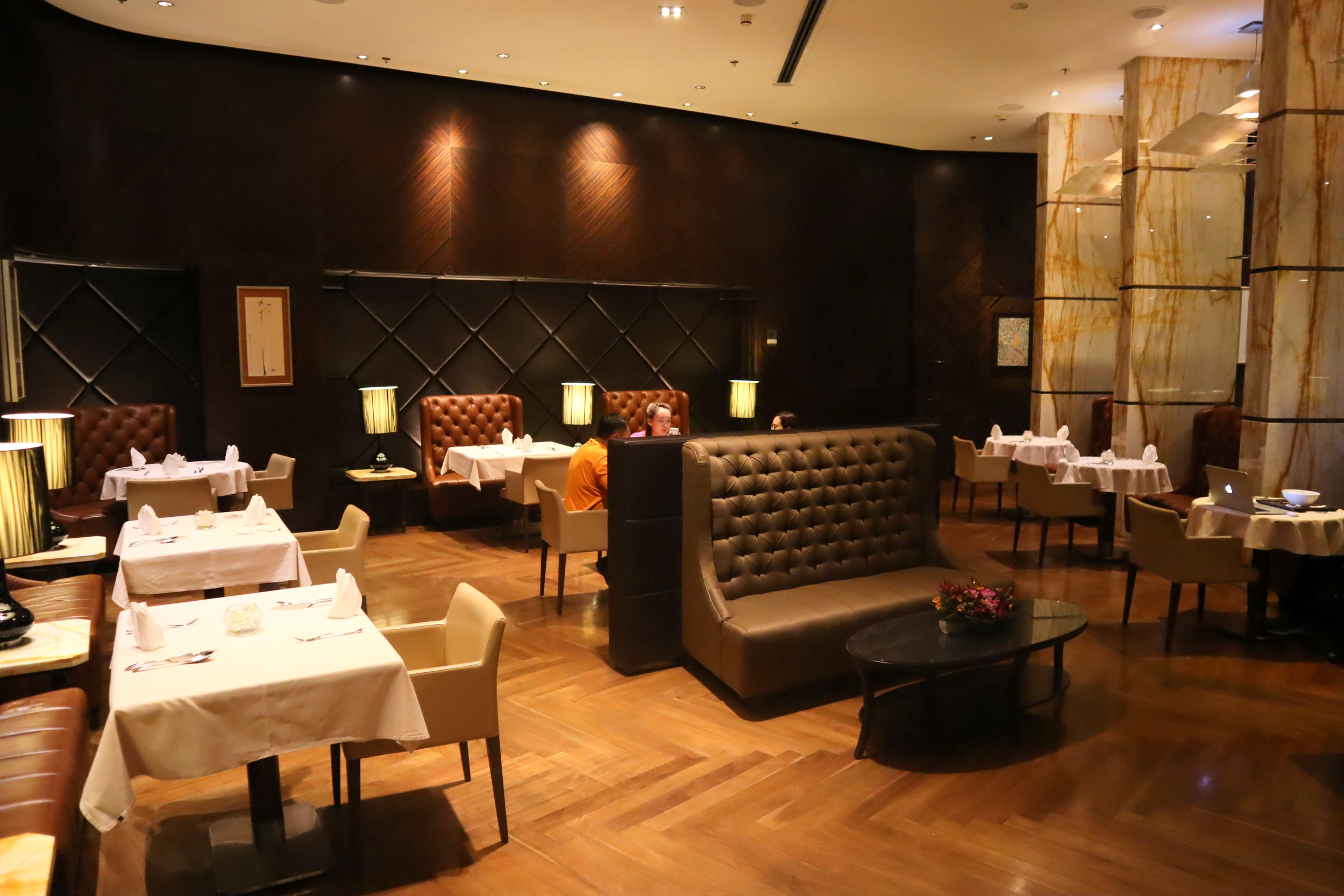 The Private Room by Singapore Airlines – Dining room