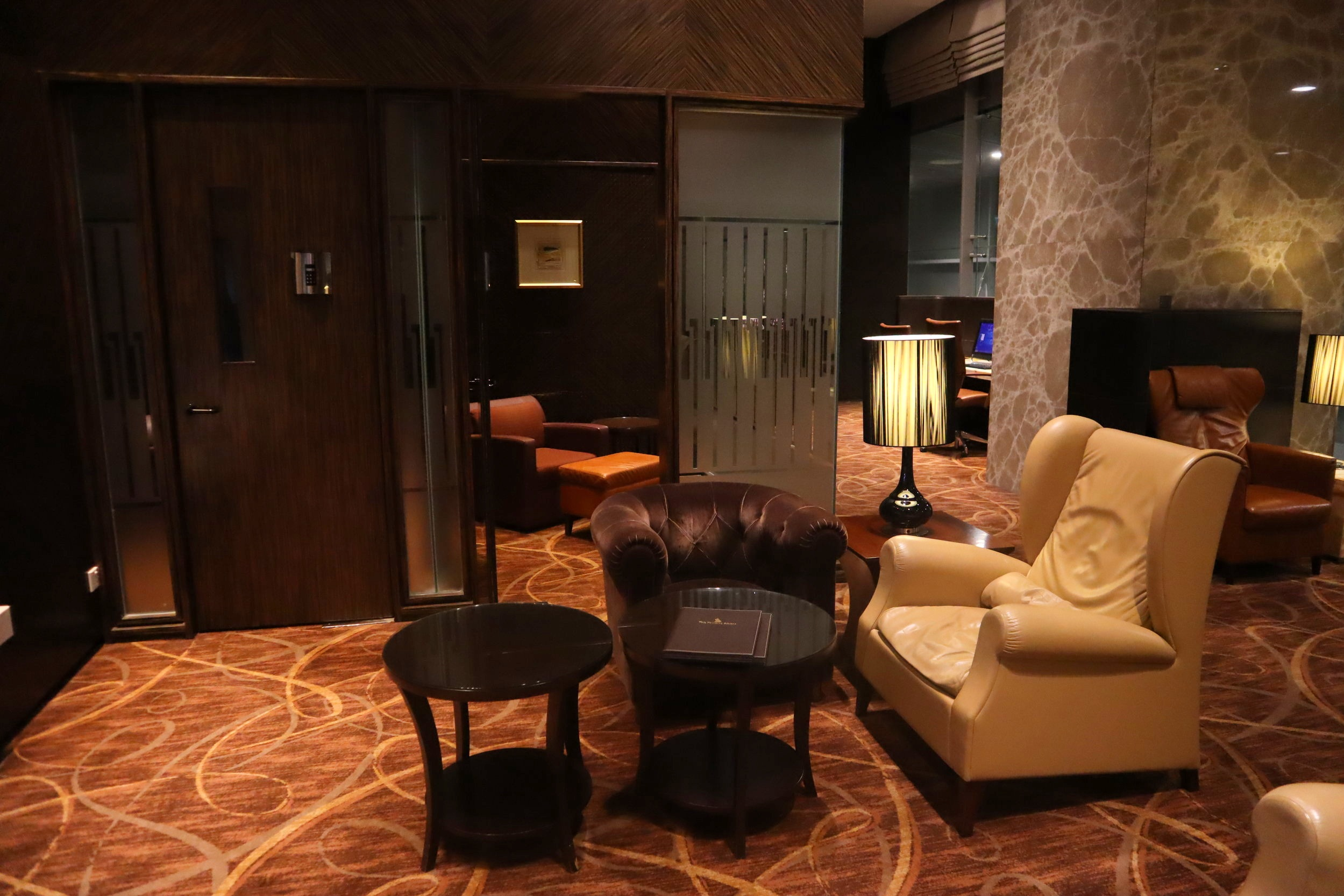 The Private Room by Singapore Airlines – Individual rooms