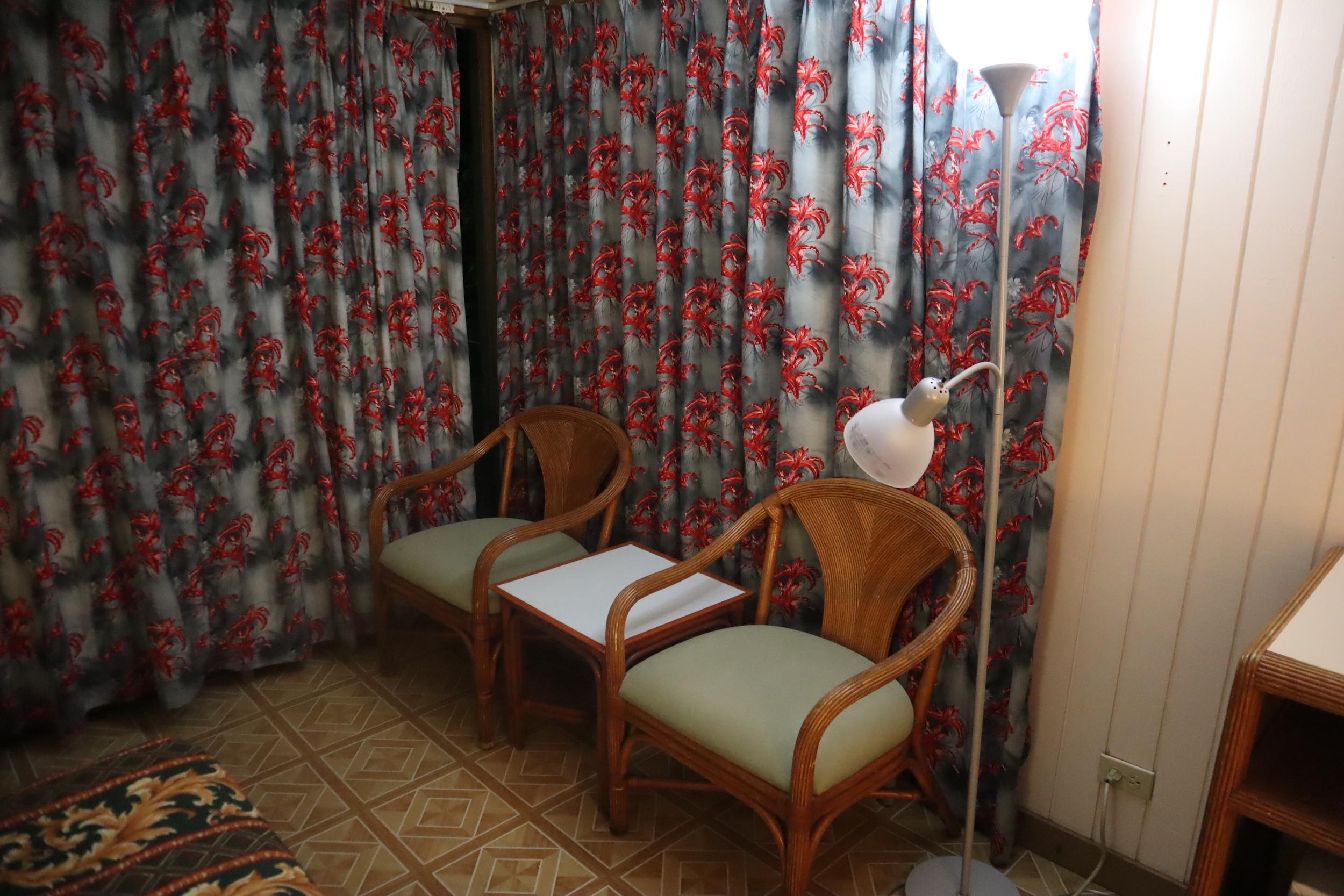 Blue Lagoon Dive Resort – Guest room furniture
