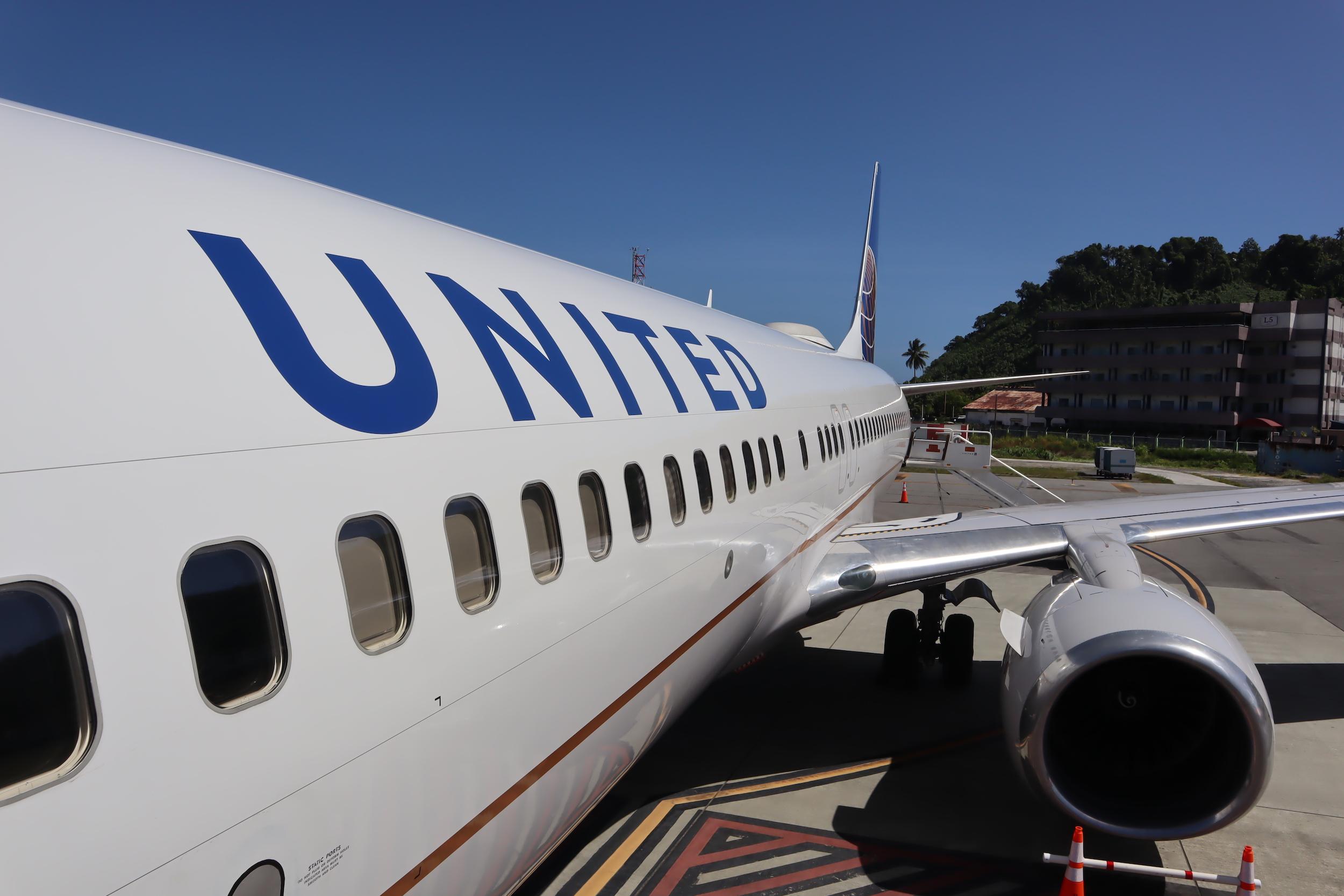 United Flight 176