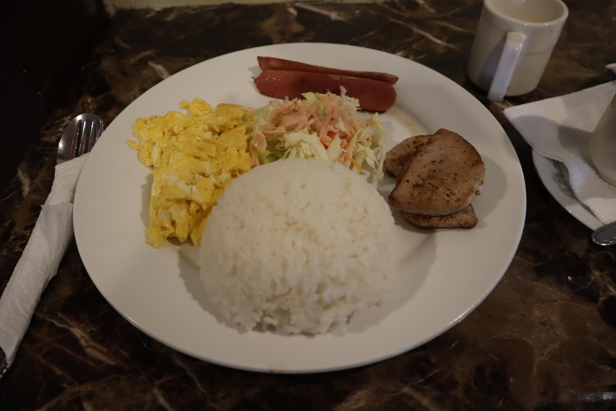Yvonne's Hotel – Breakfast