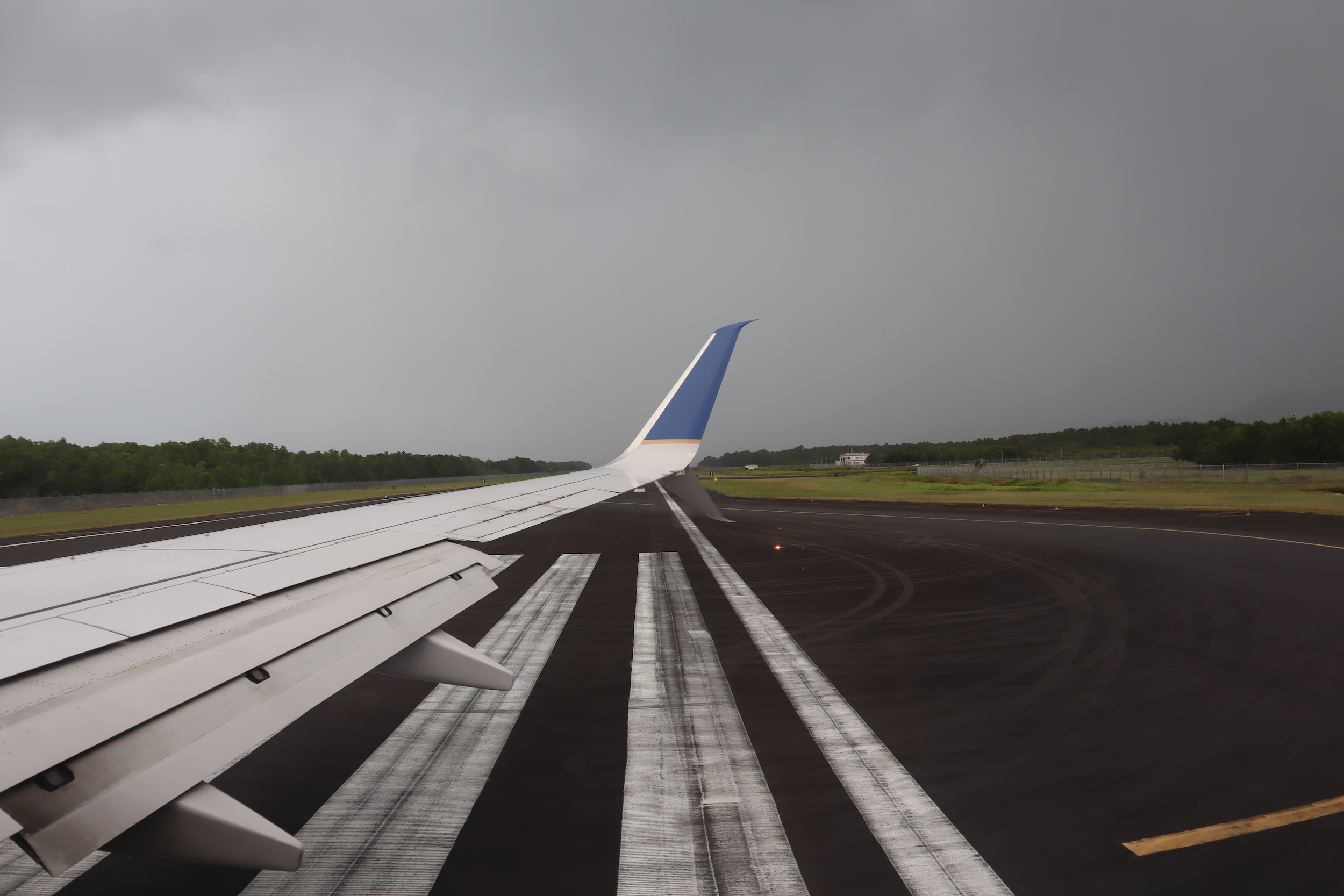 United Flight 155 – Views on taxi in Pohnpei