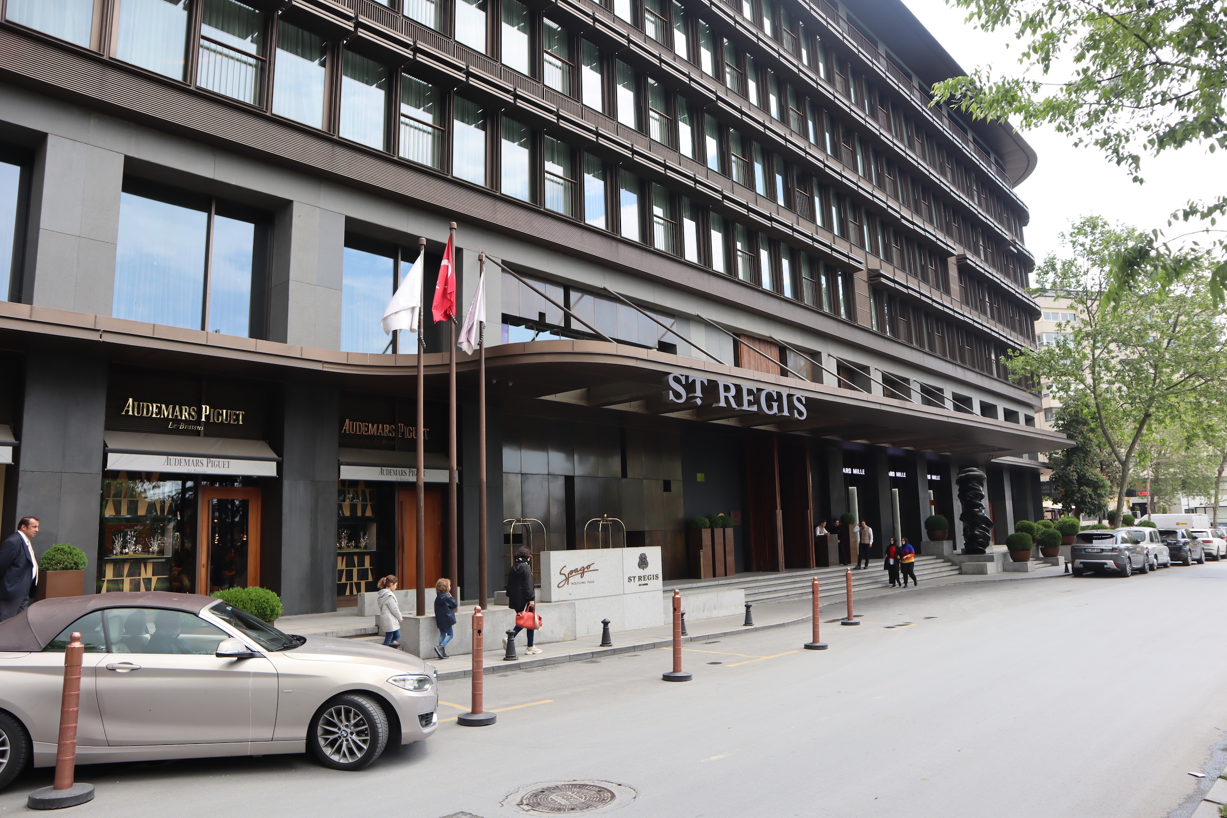 St. Regis Istanbul – Entrance