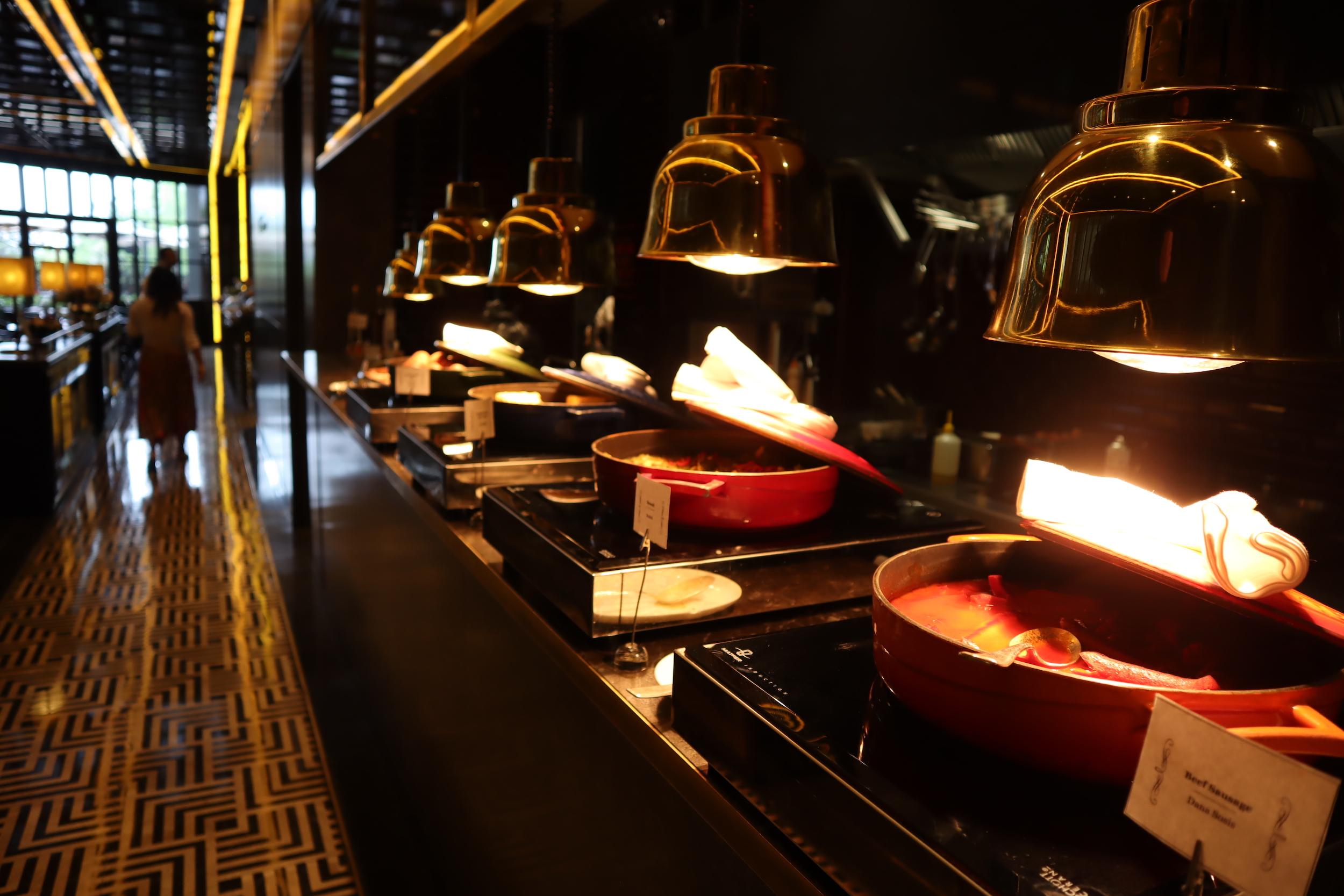 St. Regis Istanbul – Breakfast hot spread