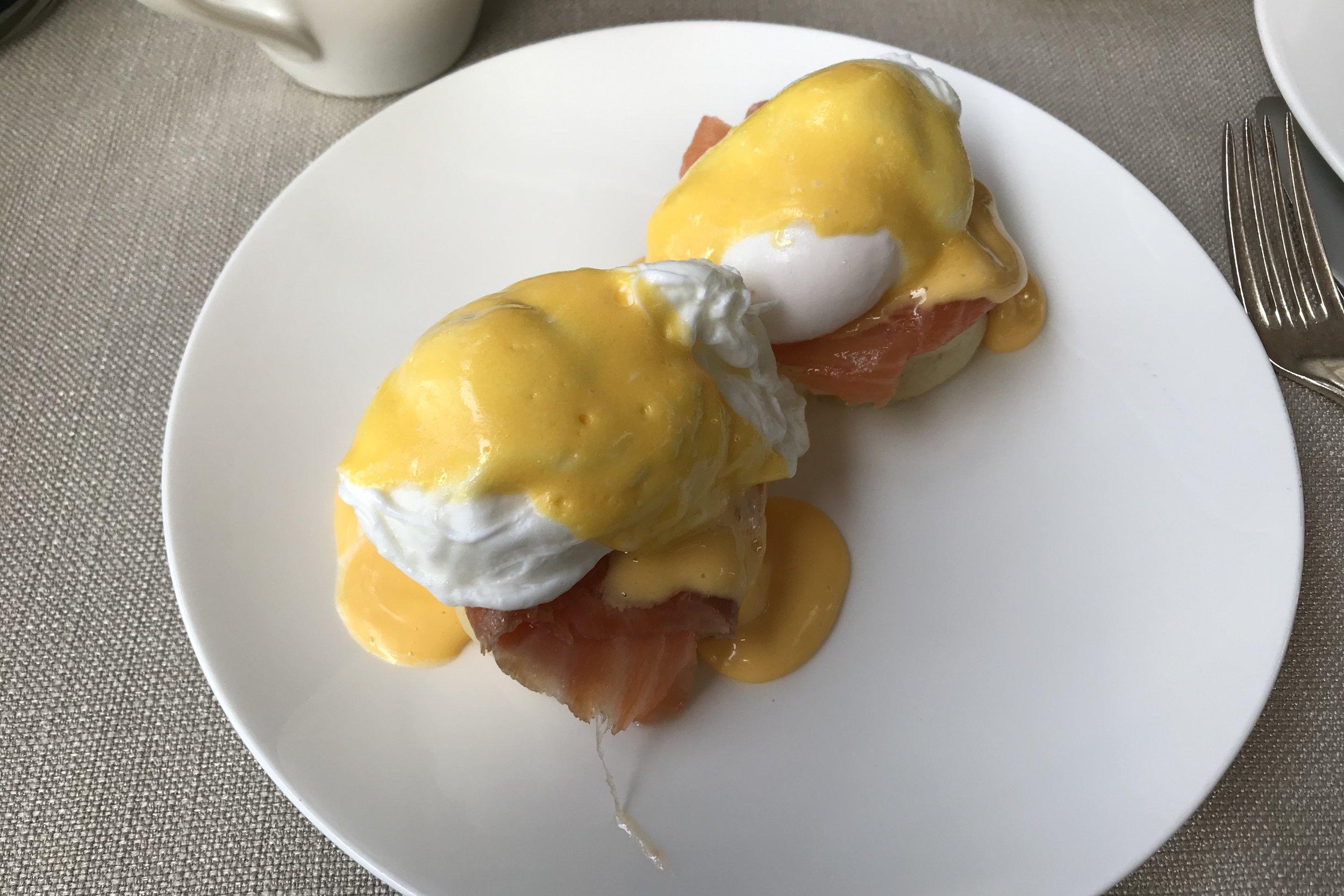 St. Regis Istanbul – Eggs Benedict