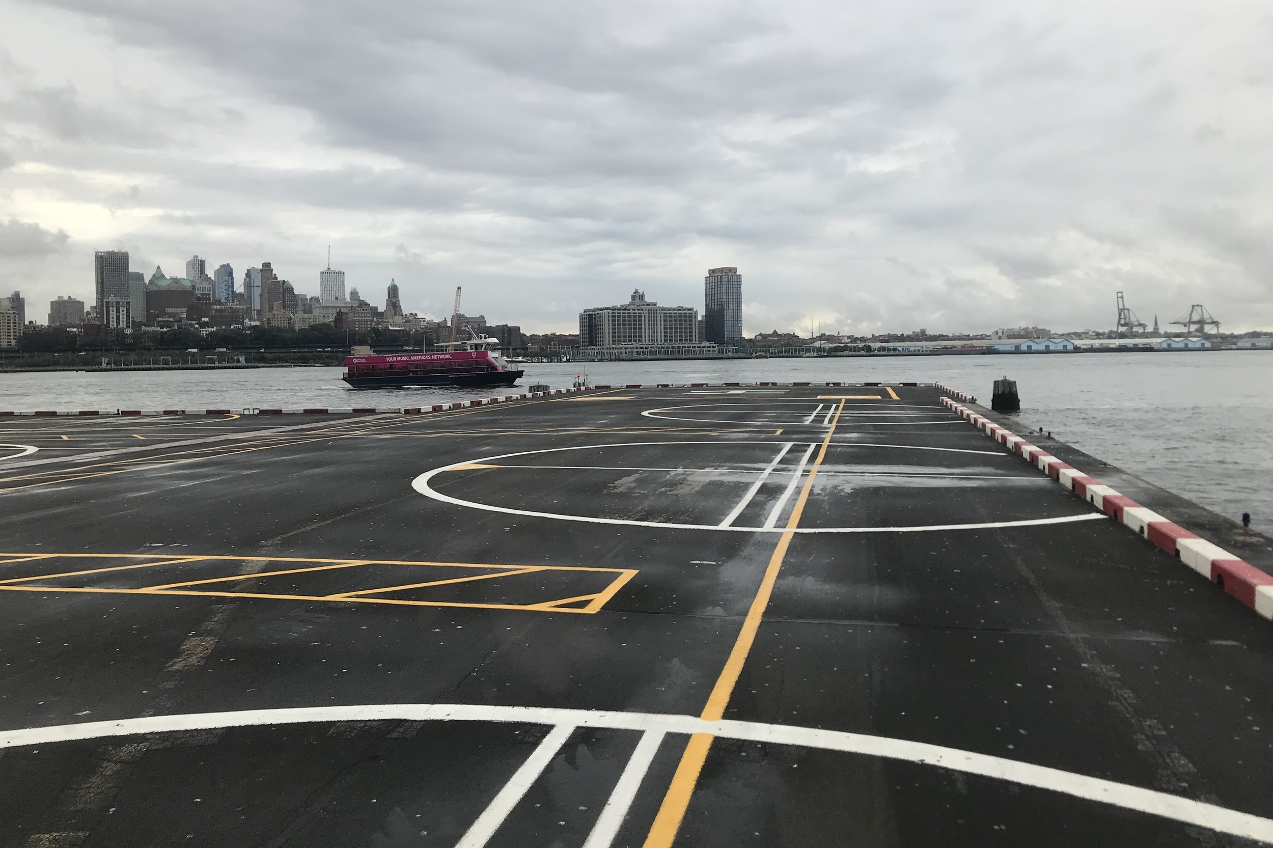BLADE Helicopters – Landing at Downtown Manhattan Heliport