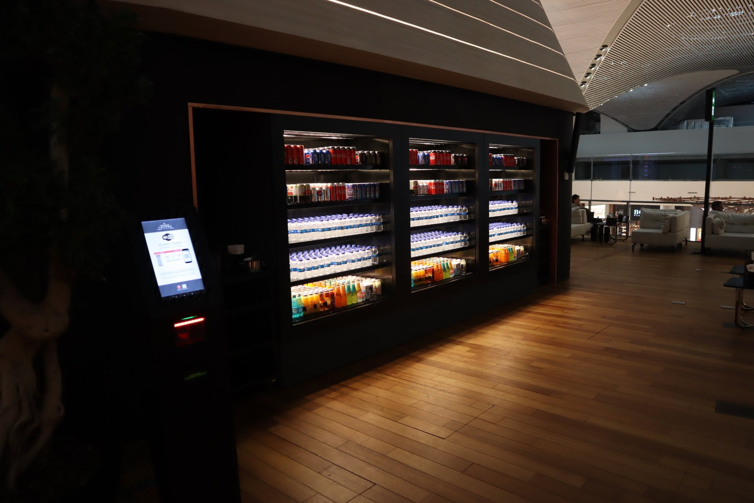 Turkish Airlines Business Lounge Istanbul – Soft drinks