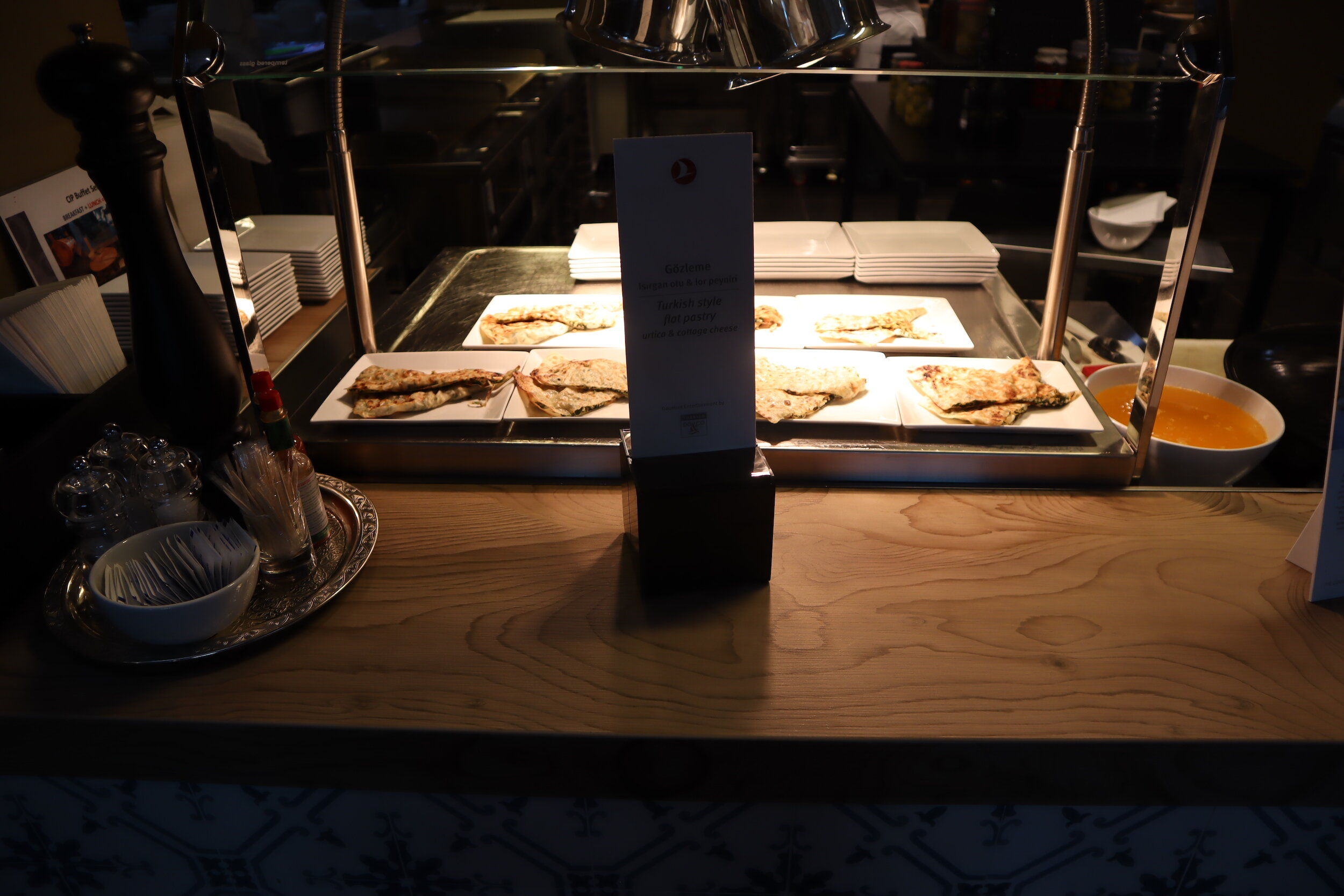 Turkish Airlines Business Lounge Istanbul – Naan station