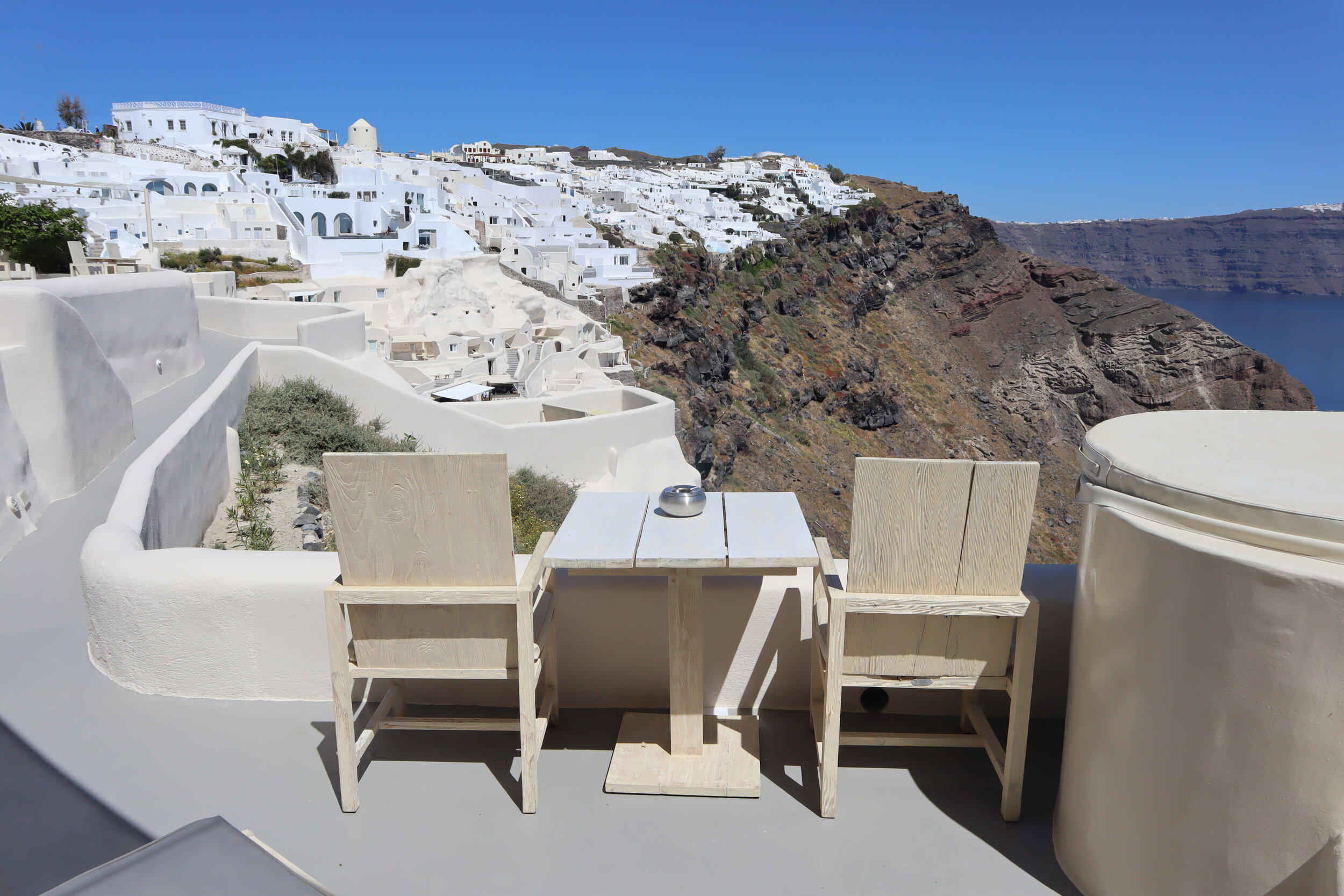 Mystique Santorini – Wet Allure Suite views