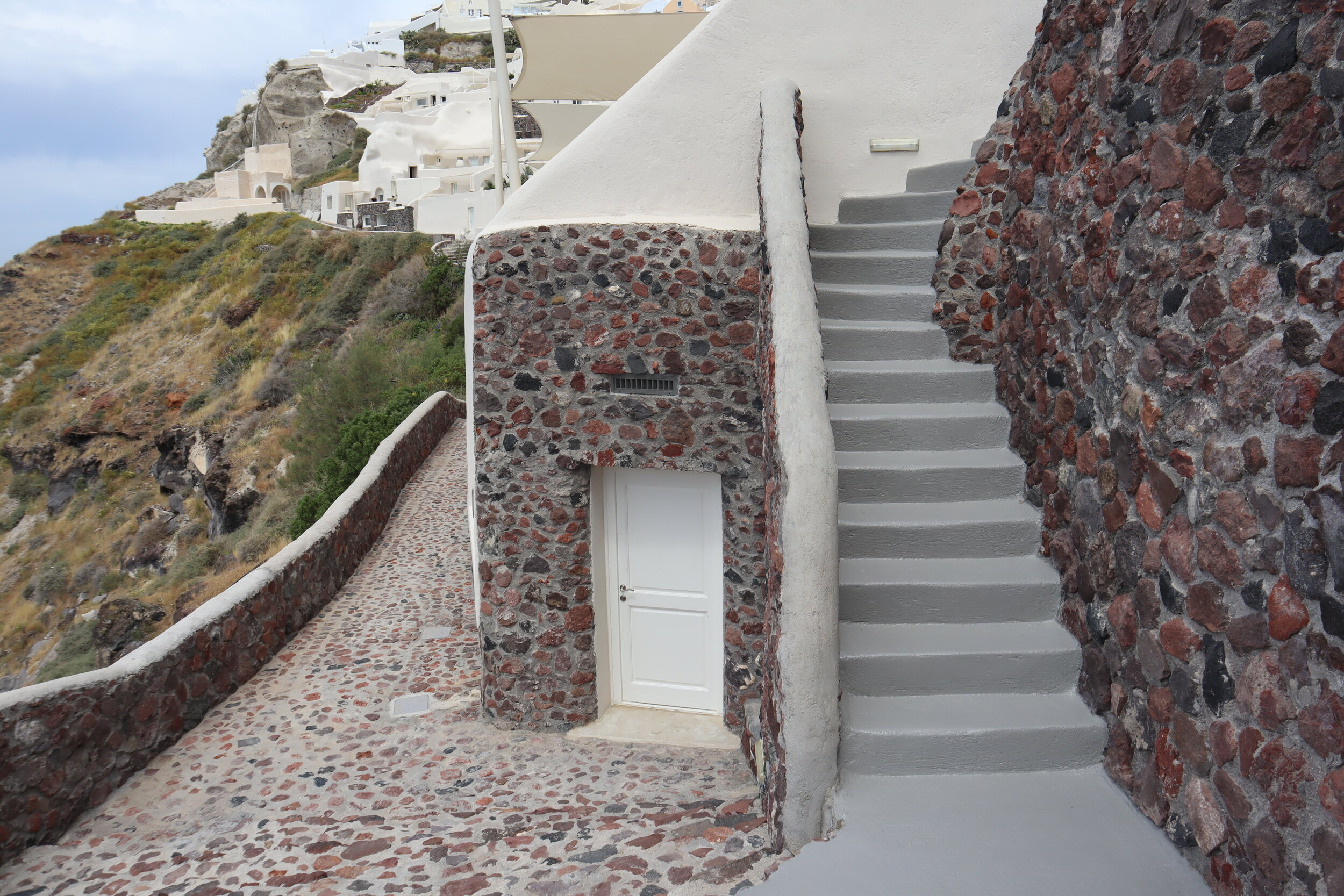 Mystique Santorini – Pathway to gym
