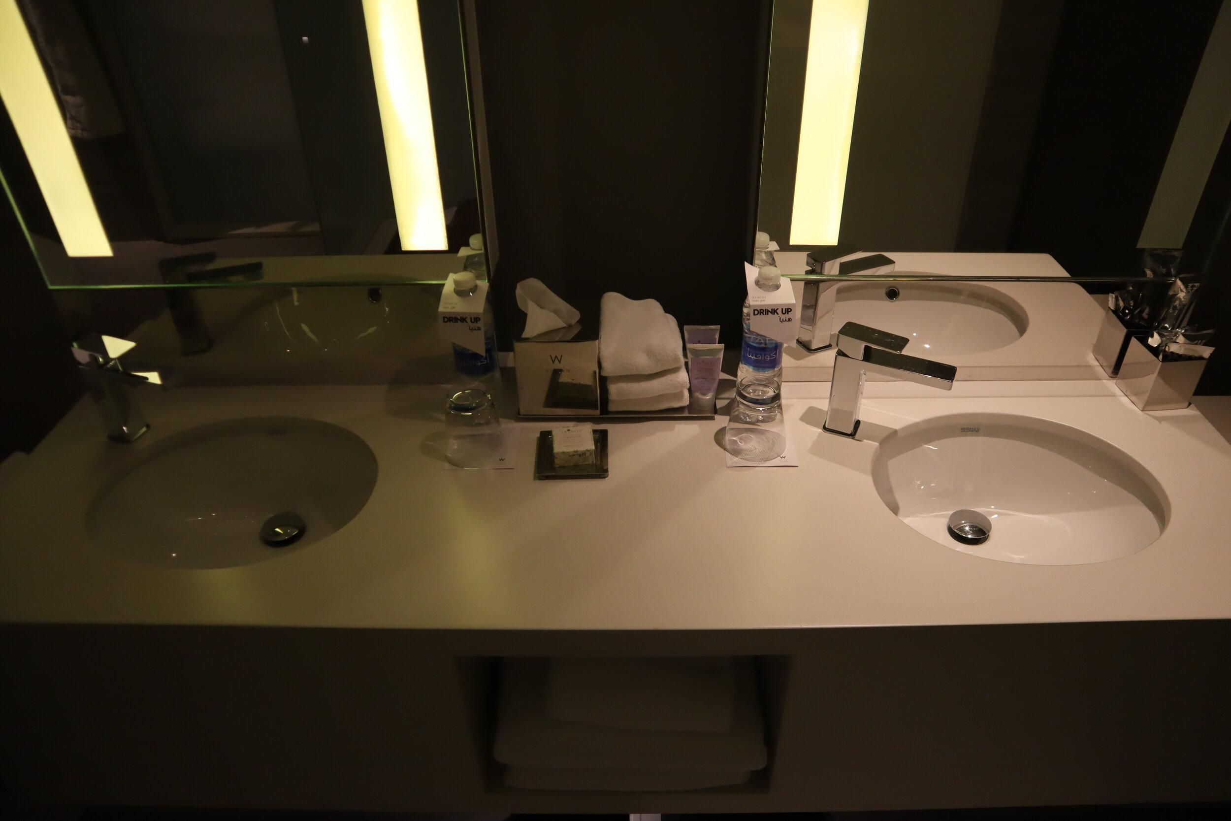 W Amman – Cool Corner Suite sinks