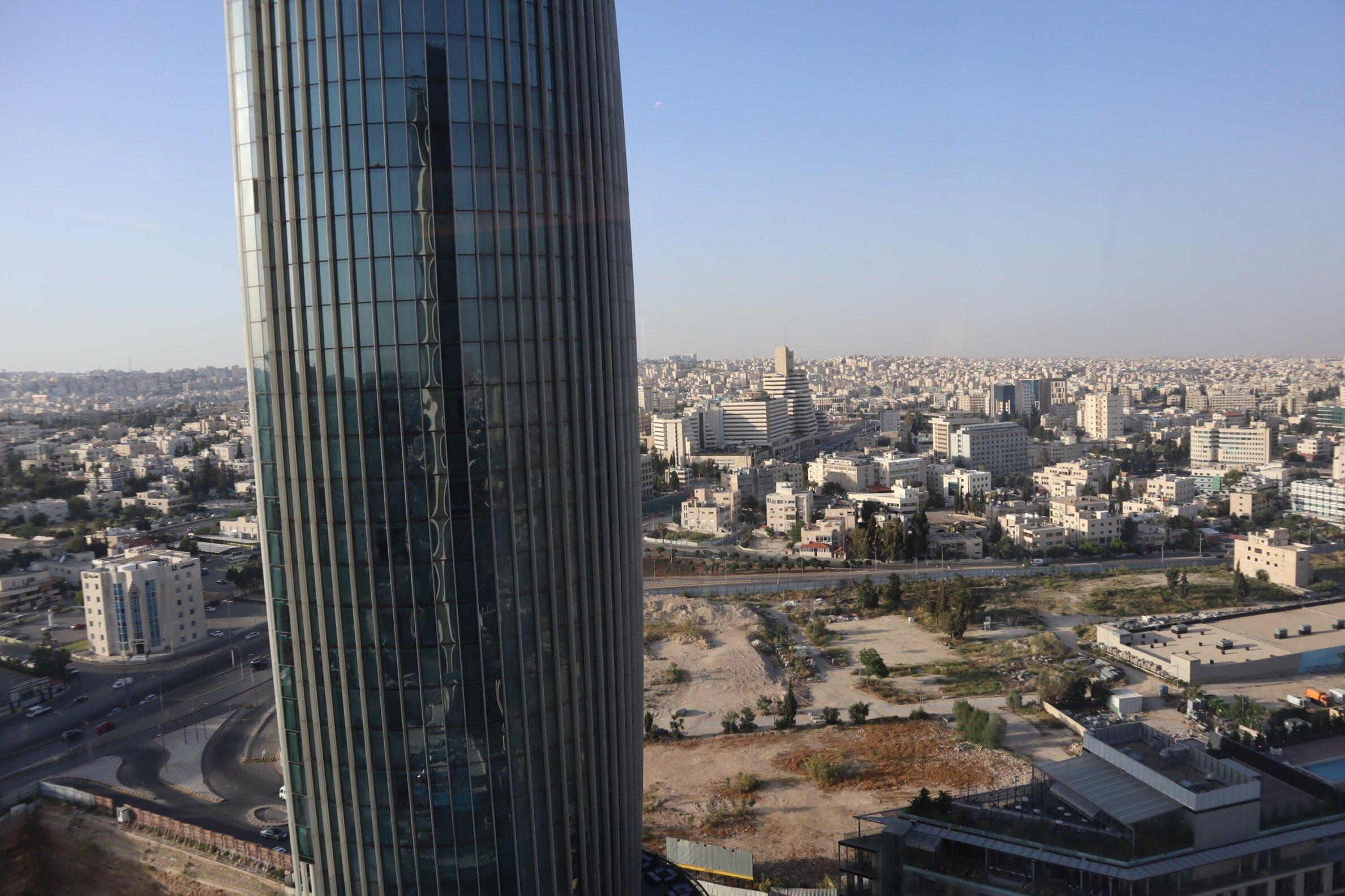 W Amman – Cool Corner Suite views
