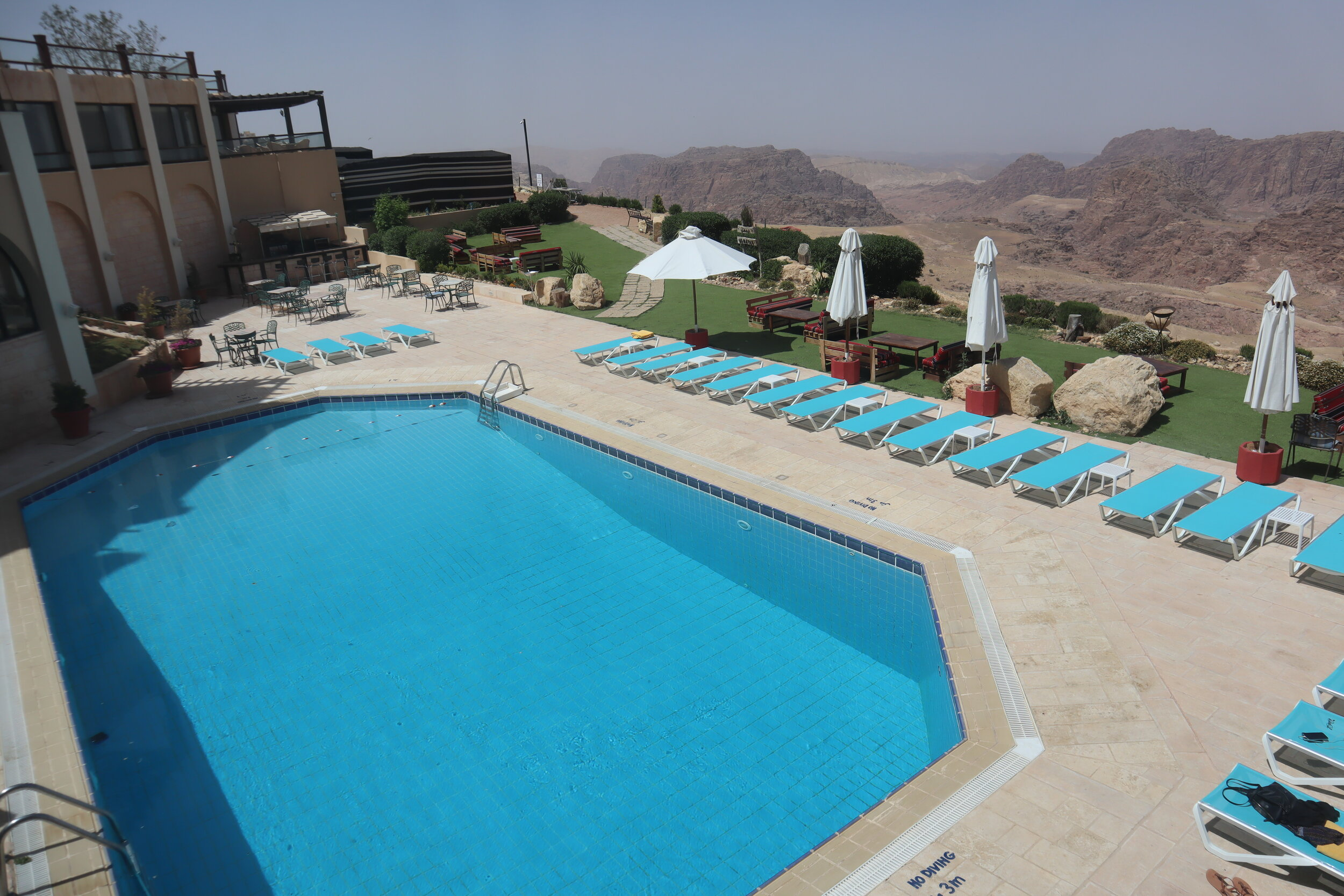 Marriott Petra – Outdoor pool