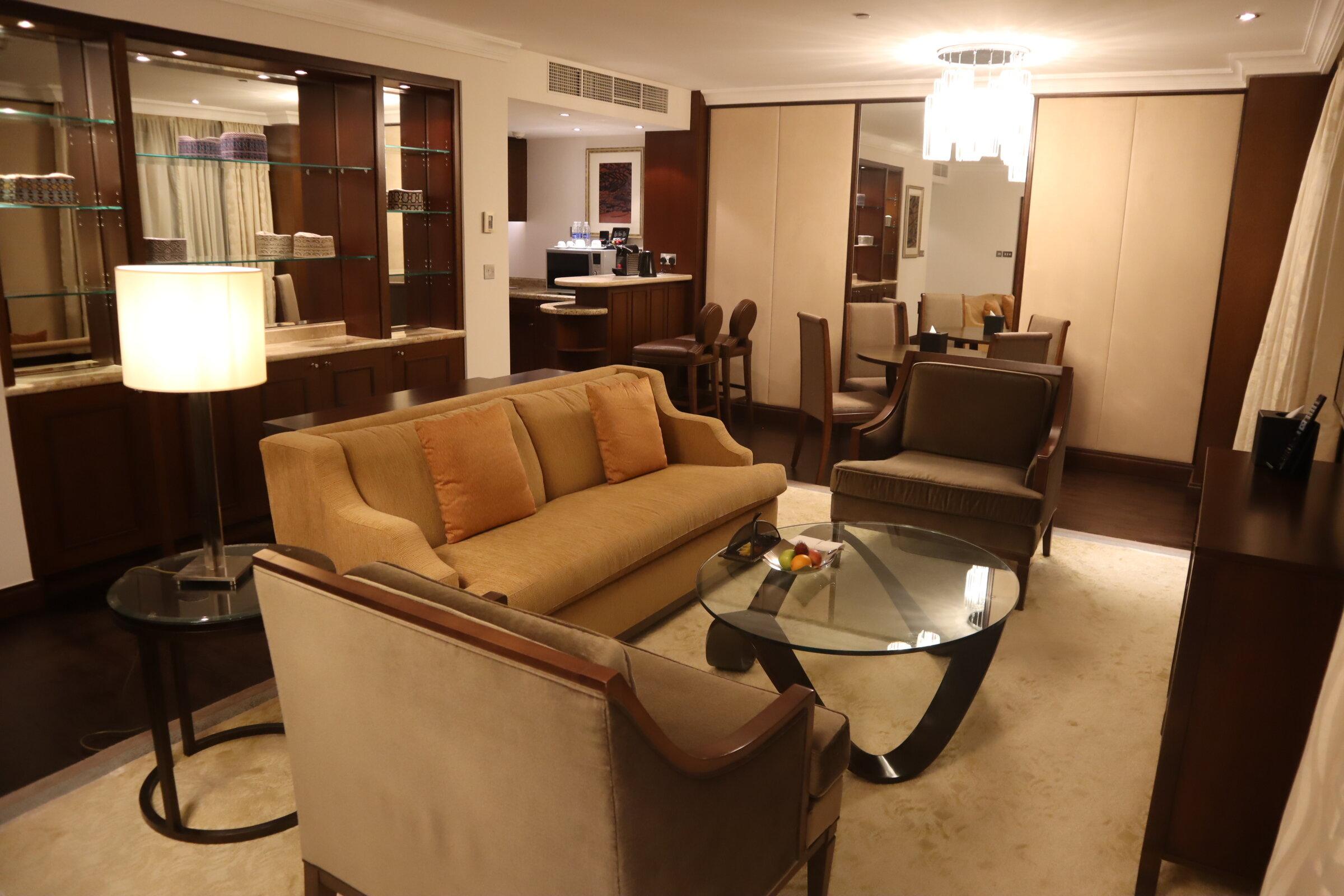 Sheraton Oman – Studio Suite living space