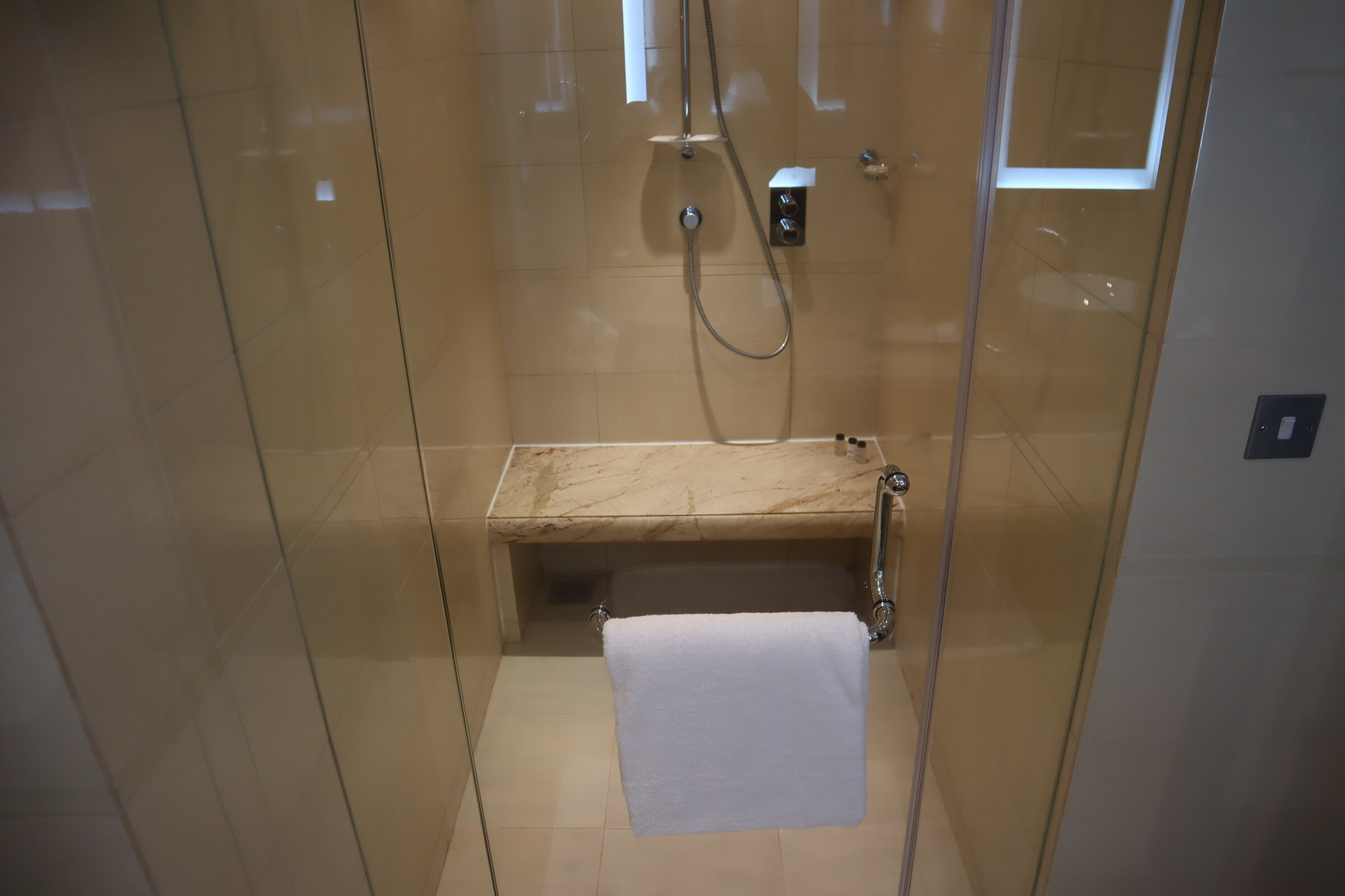Sheraton Oman – Studio Suite shower