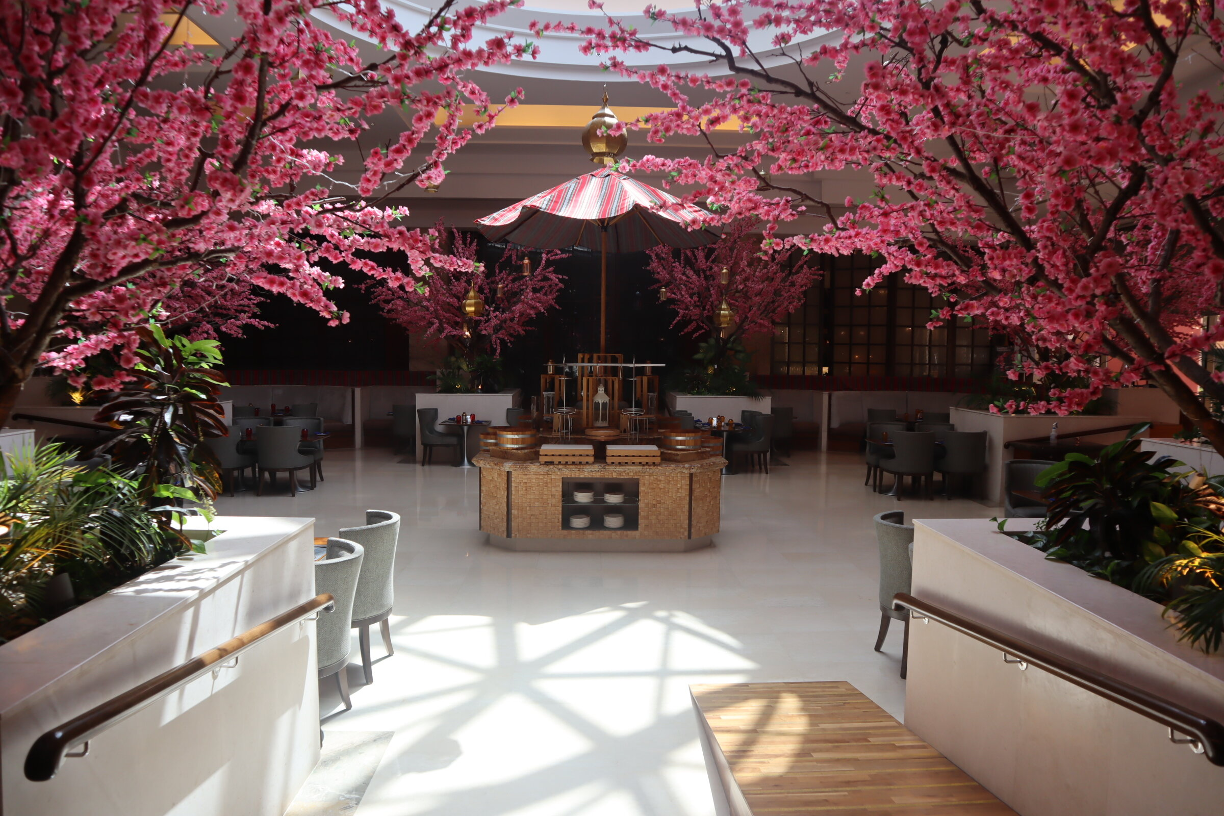 Sheraton Oman – Courtyard