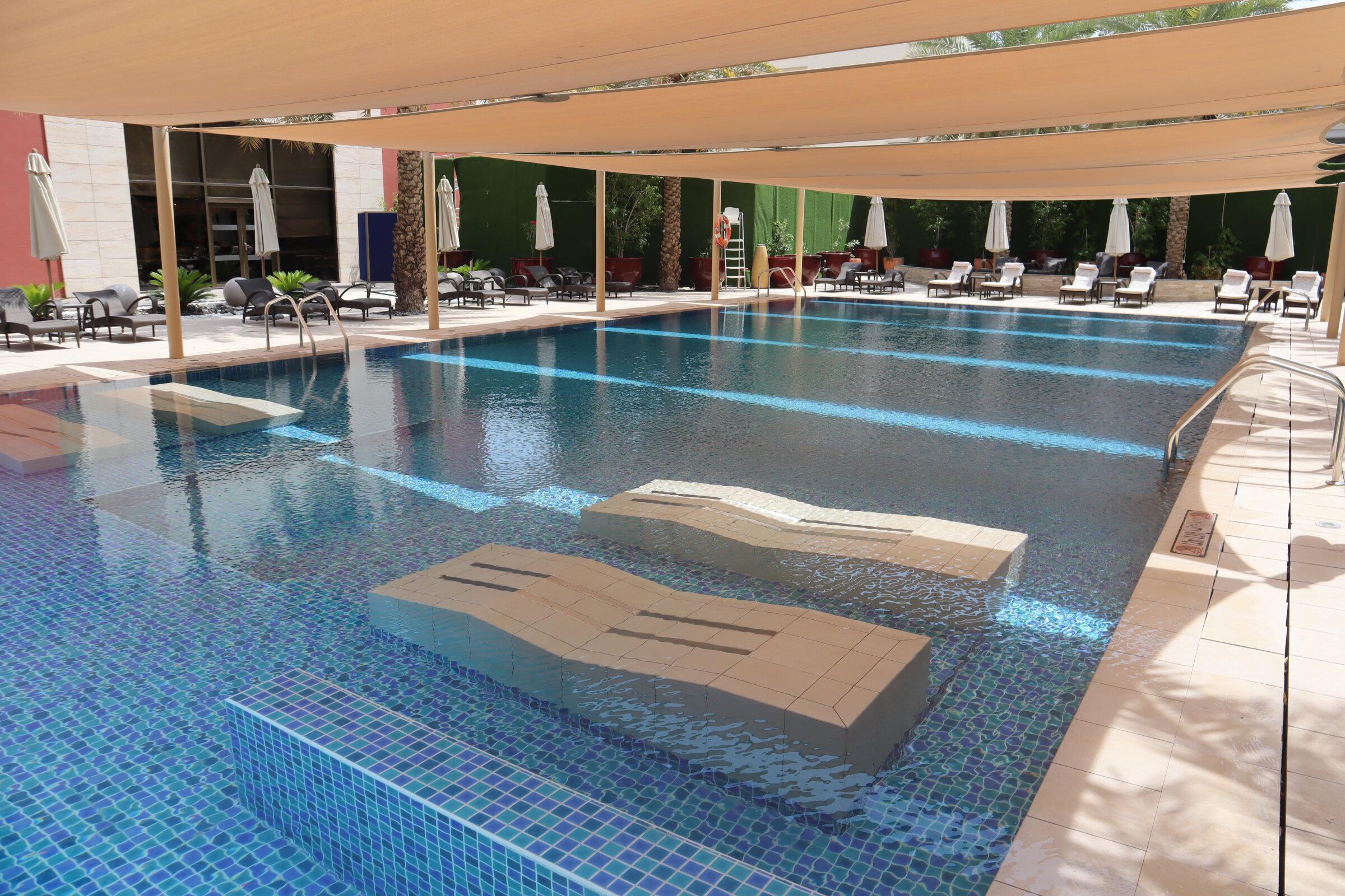 Sheraton Oman – Outdoor pool