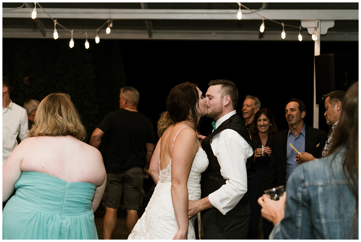Rustic Chic Wedding | wedding day reception events | PNW wedding photographer