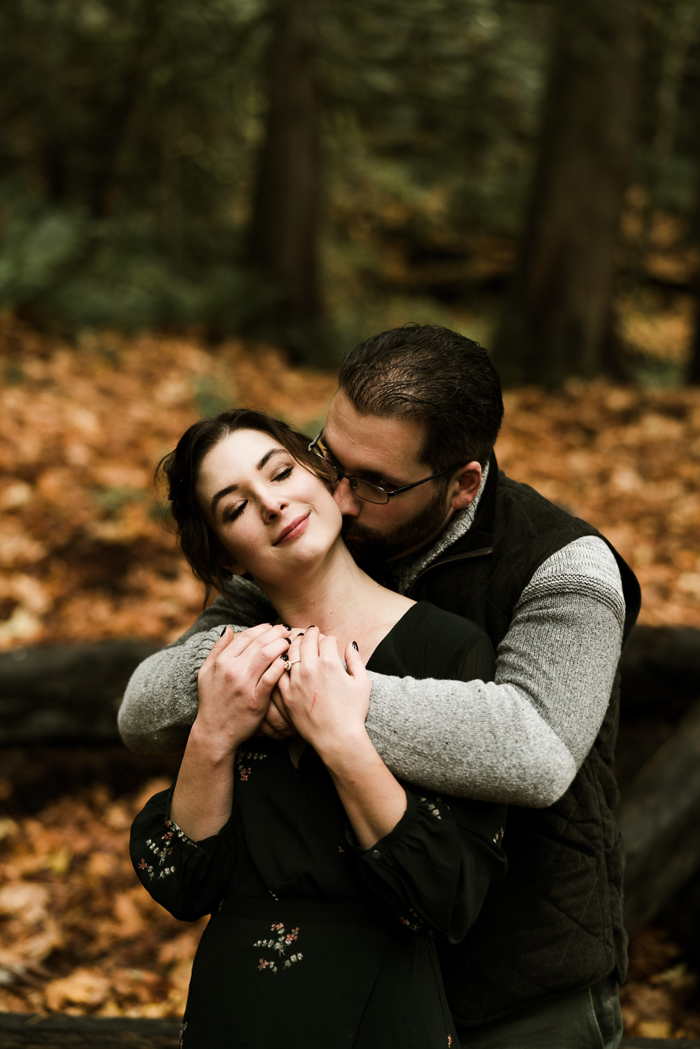 A Picturesque PNW Engagement Session | Snoqualmie Falls | Seattle Wedding photographer-18.jpg