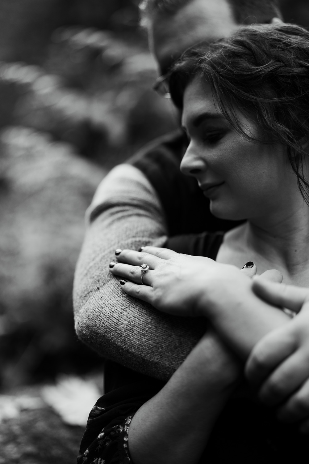 A Picturesque PNW Engagement Session | Snoqualmie Falls | Seattle Wedding photographer-21.jpg