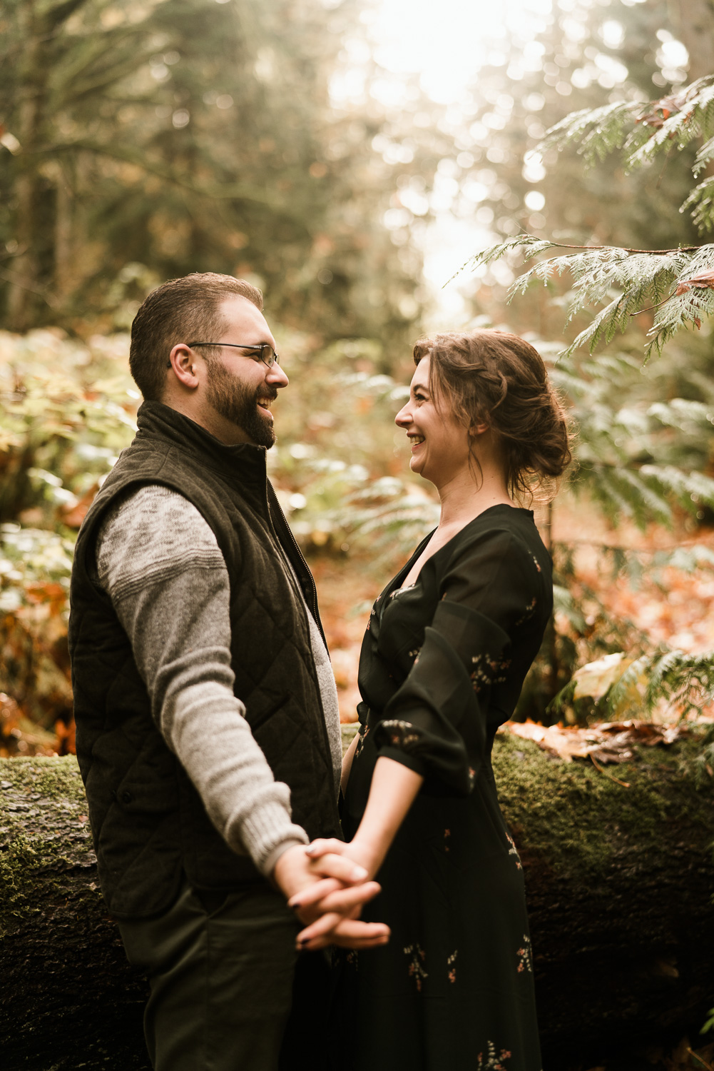 A Picturesque PNW Engagement Session | Snoqualmie Falls | Seattle Wedding photographer-20.jpg