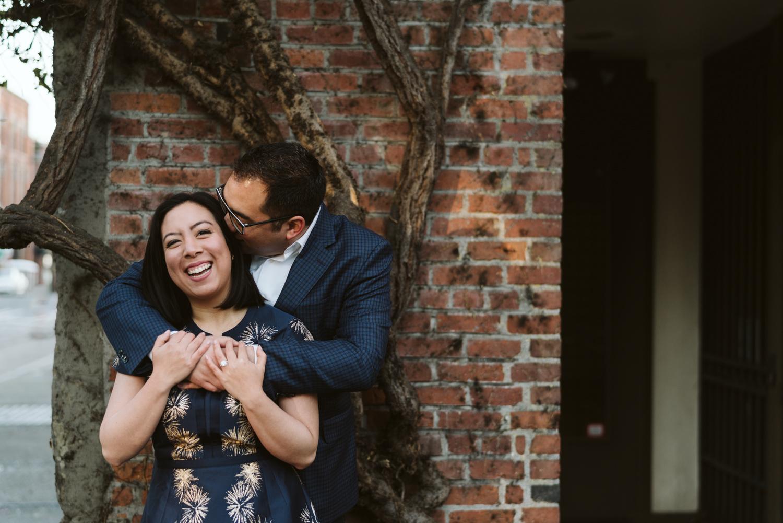 Classy metropolitan engagement session - Seattle pioneer square - Wedding Photography-6.jpg