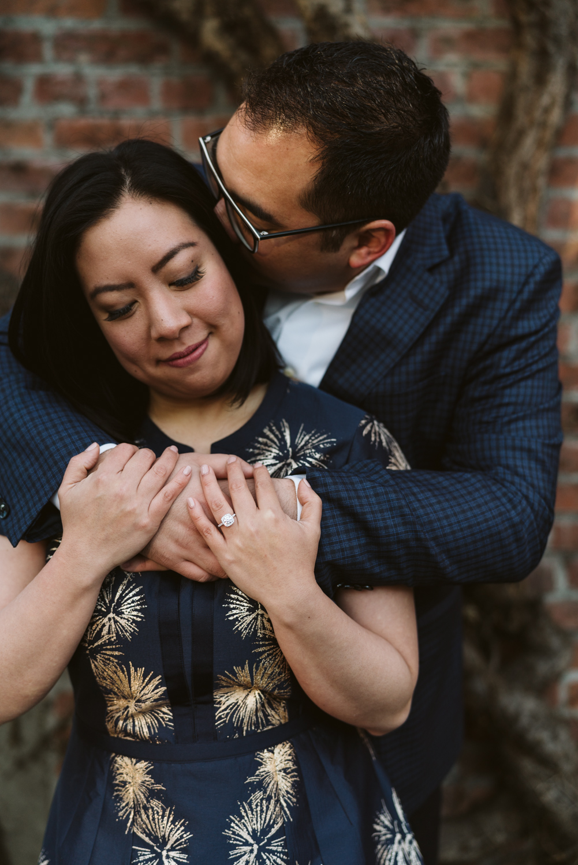 Classy metropolitan engagement session - Seattle pioneer square - Wedding Photography-7.jpg