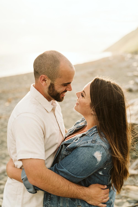 April Yentas Photography - Jess & Eric Engaged-4.jpg
