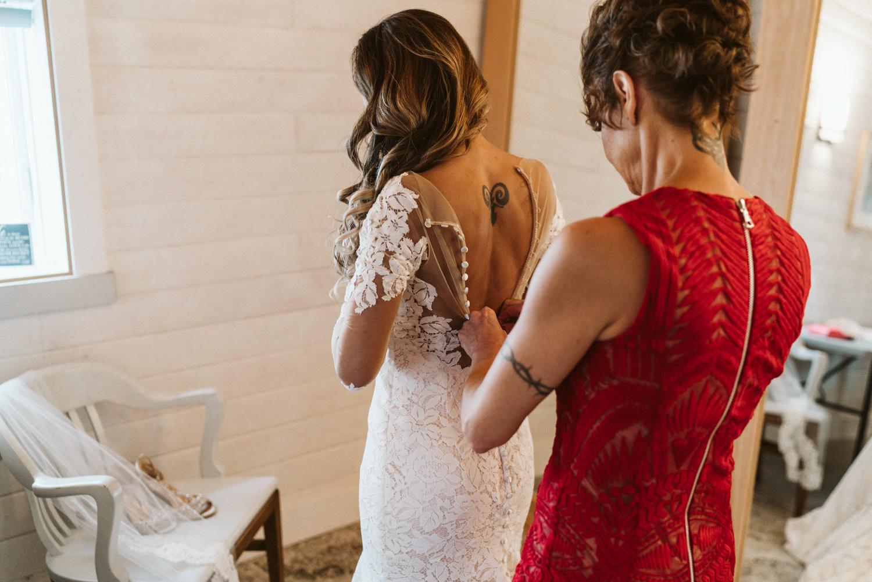 April Yentas Photography - Megan & Tracy websize-11.jpg