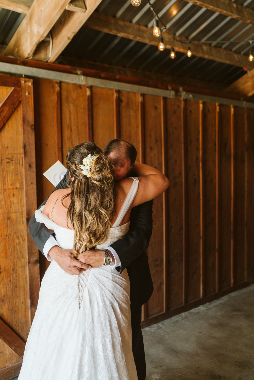 April Yentas Photography - Jess & Eric websize-16.jpg