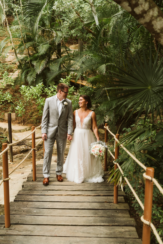 April Yentas Photography - Rachel & Tommy slideshow-28.jpg