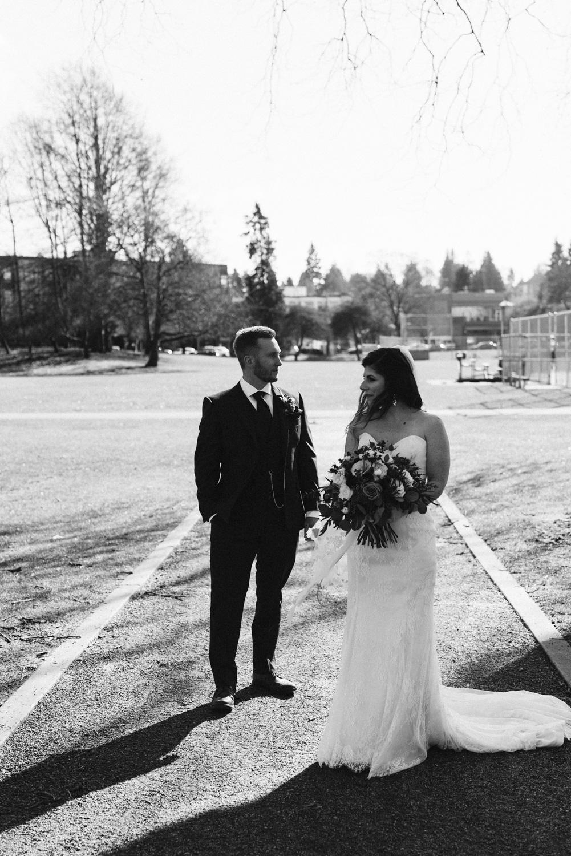 April Yentas Photography - Lauren & Matt slideshow-39.jpg