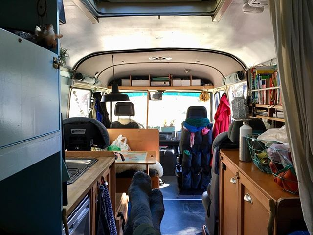 Ready to roll again. On everage we're about 2 to 3 nights on a spot. Now we're heading to Tigola near Orgiva, and planning to stay there for some longer time. Maybe weeks. We'll see. #vanlife #gezinsgelukopreis #mb508 #livelife #campervantravel