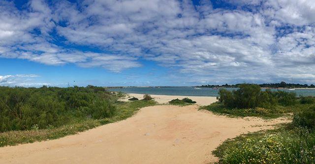 Enjoying The beach around Tariva #vanlife #mb508 #campervan #familylive