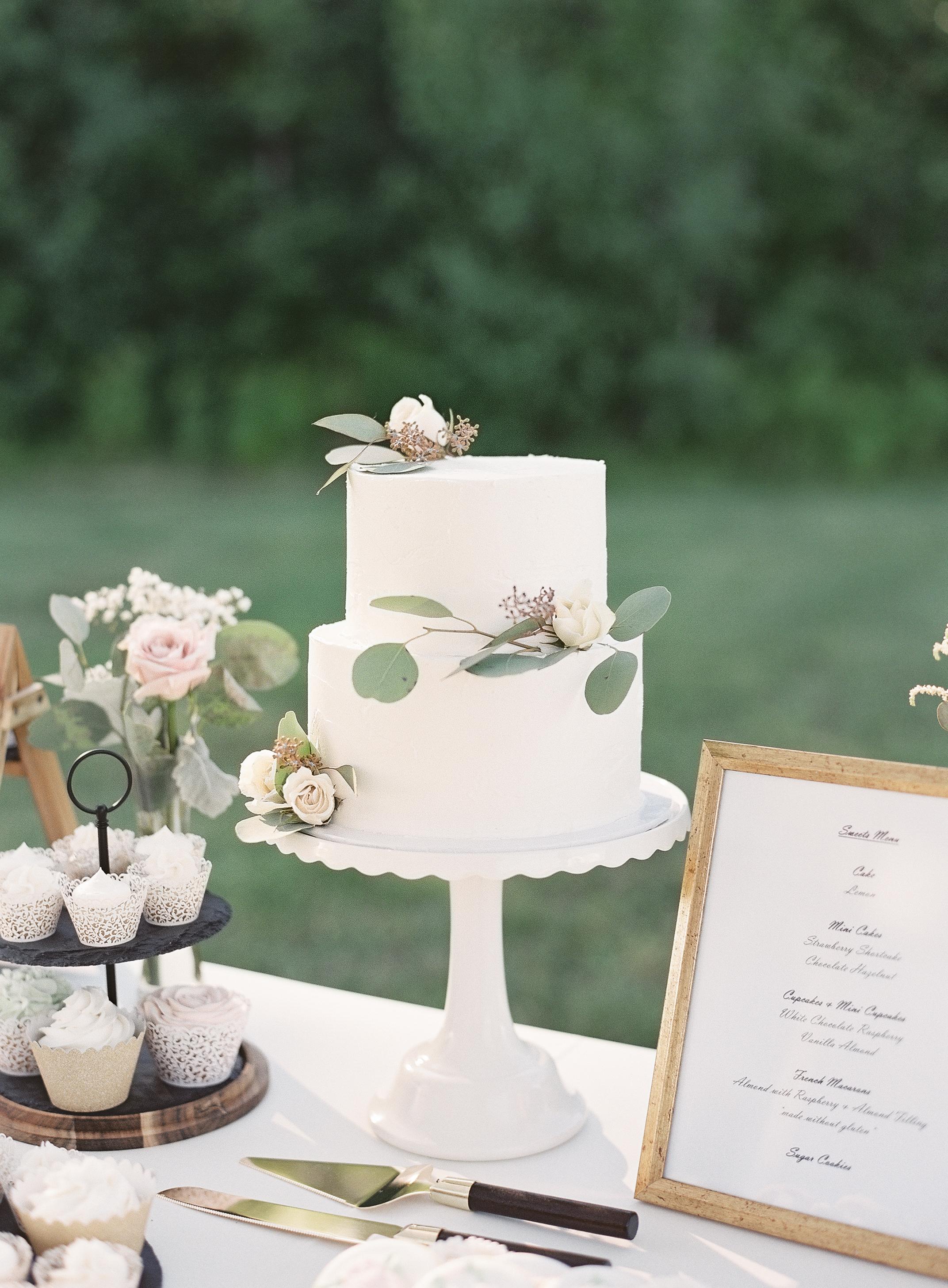 Jacqueline Anne Photography - Cake Babes Wedding Cake-1.jpg