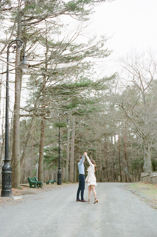 Jacqueline Anne Photography - Engagement in Point Pleasant Park-7.jpg
