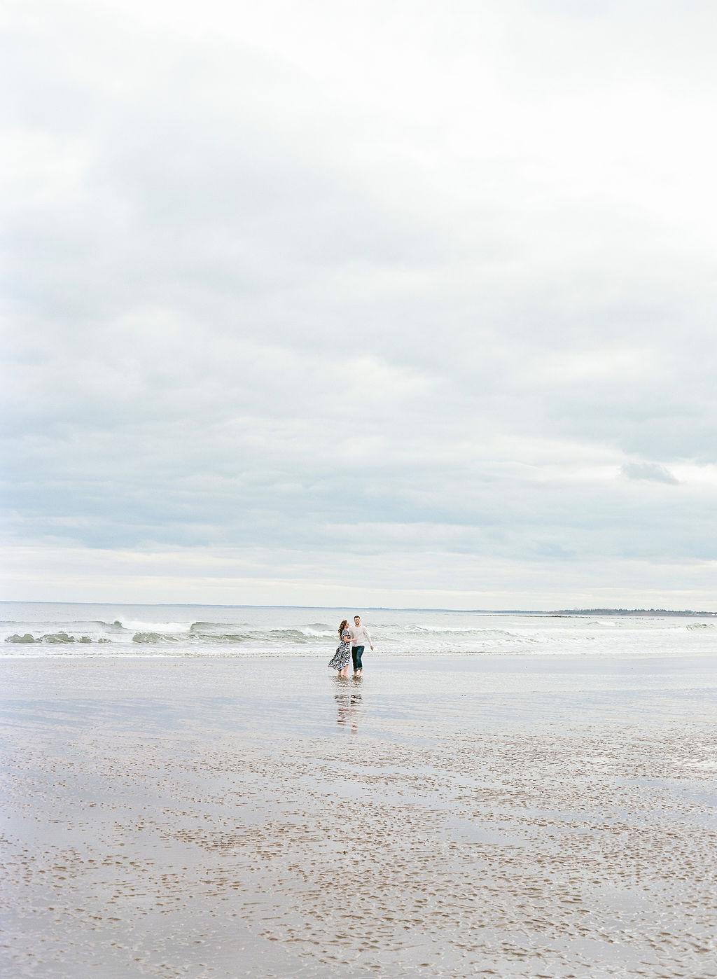 JacquelineAnnePhotography-AkaylaandAndrew-LawrencetownBeach-64.jpg