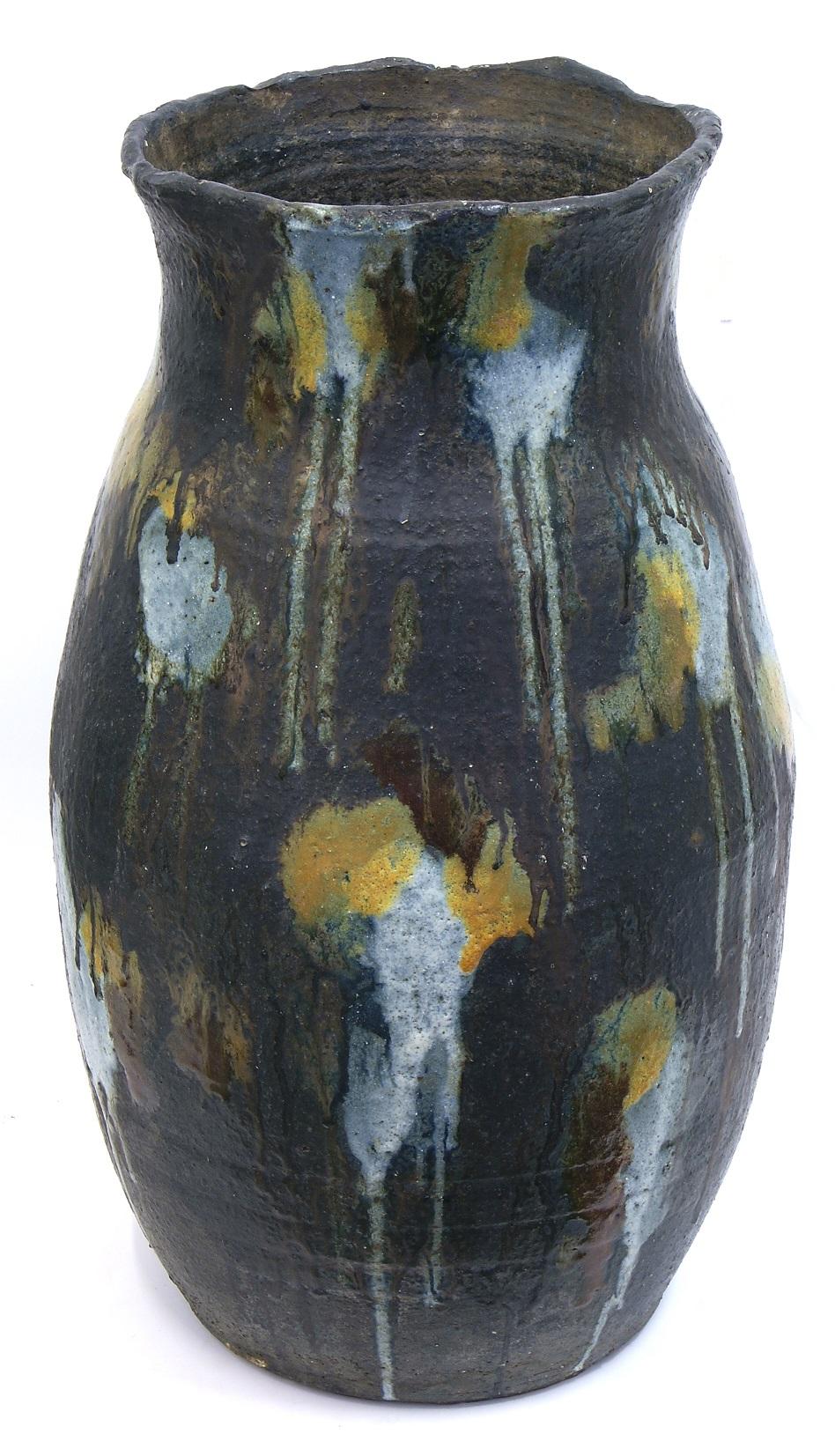 Milton Moon, Big Jar, stoneware, h65cm, 1991. Photo courtesy of Aptos Cruz Galleries.jpeg