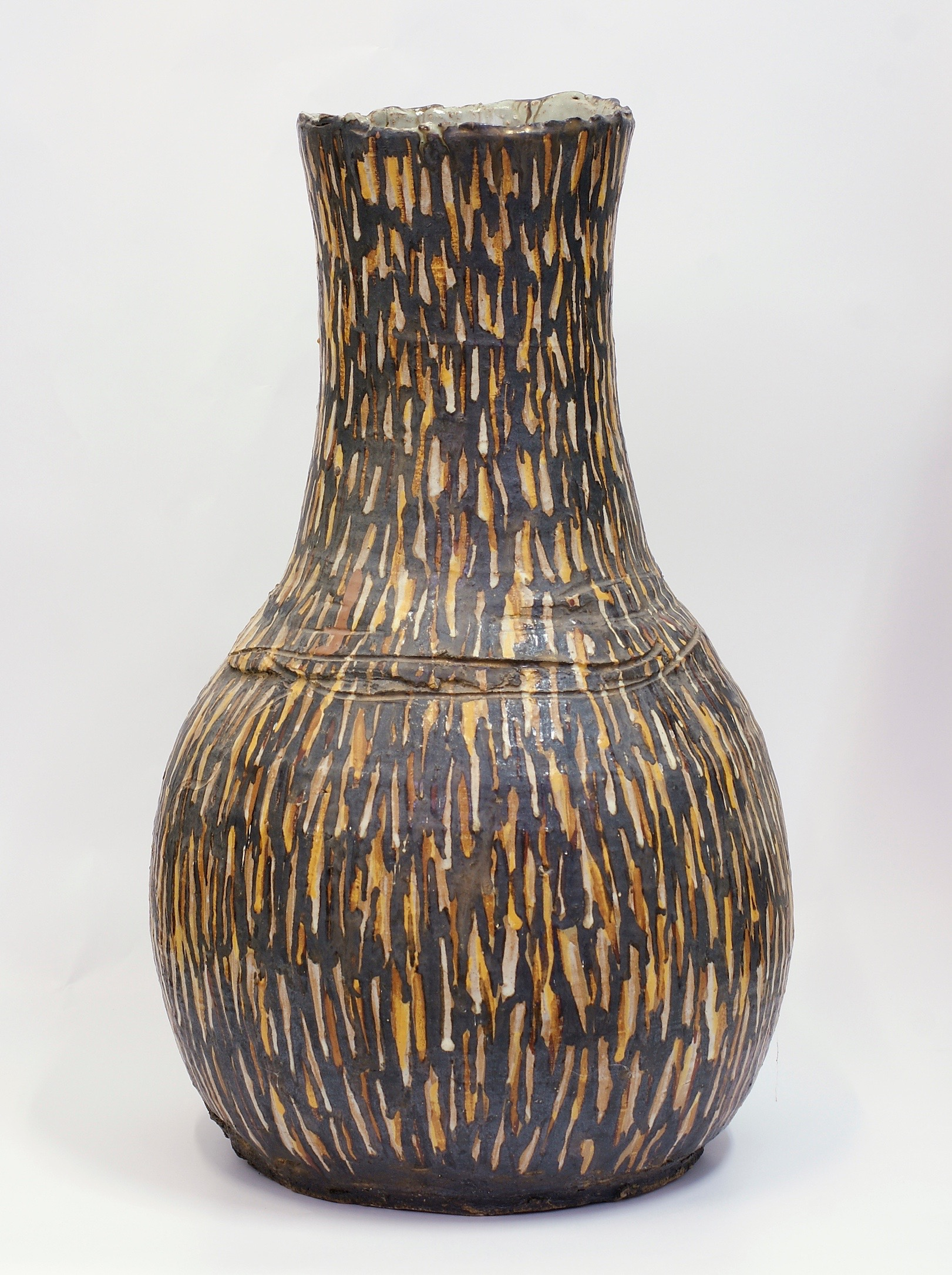 Milton Moon, Vase Form, stoneware, h51cm, 1989. Photo courtesy of Aptos Cruz Galleries.jpg