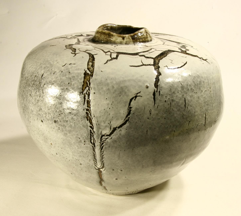 Owen Rye, Round Jar, stoneware, crazey glaze, h 33cm.JPG