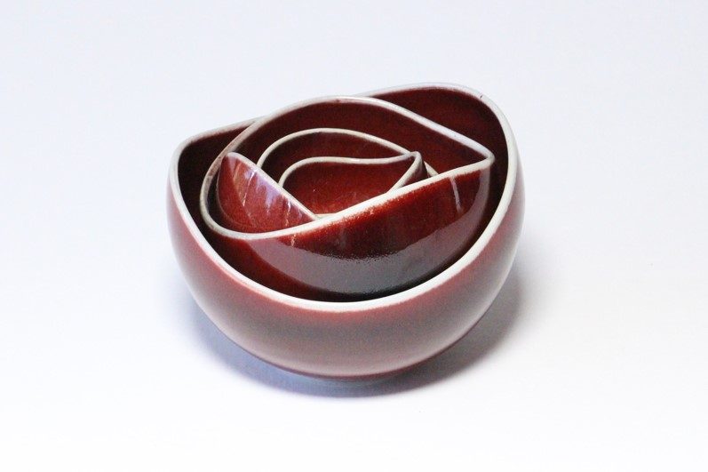 Brian Keyte,  Red Rose for Leonardo,  (5 parts) stoneware, copper red glaze, Dia 15.5cm largest, 2018 AVAILABLE