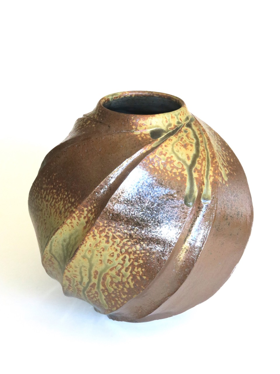 Terunobu Hirata,  Ho-No-O (Flame),  small, stoneware, ash glaze, H22.4cm, 2017 AVAILABLE