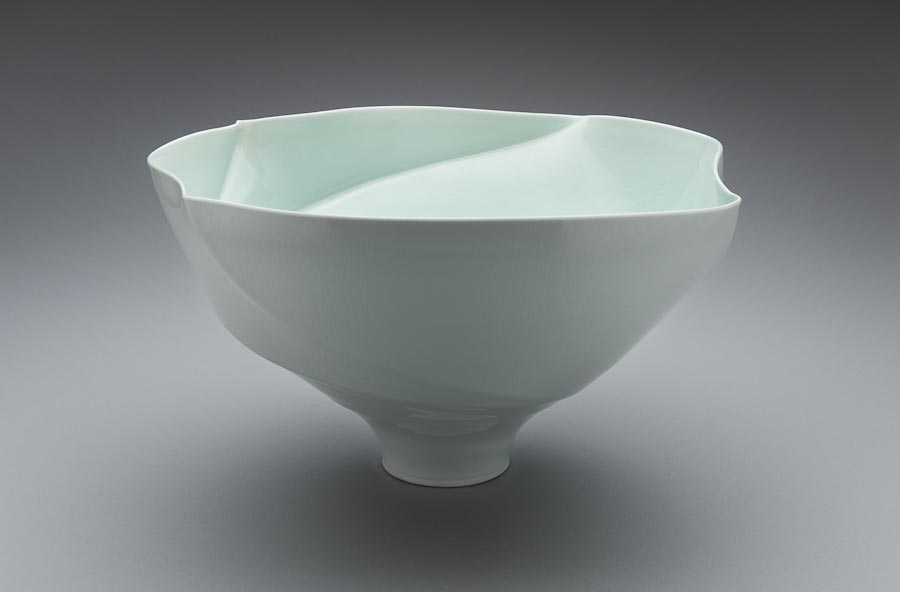 Porcelain spiral lipped bowl form, Victor Greenaway.jpg