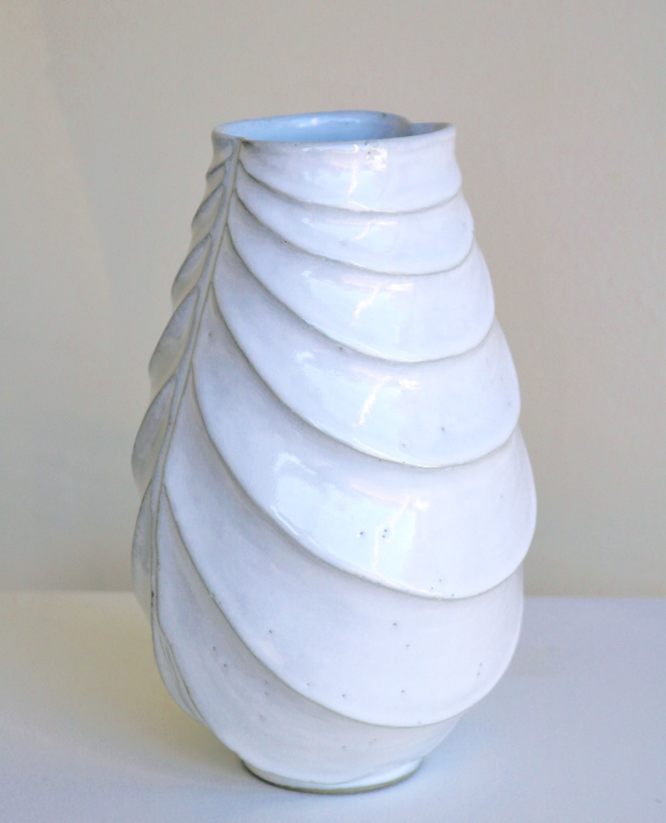 Terunobu Hirata,  White Robe,  tall, stoneware, shirahagi glaze, H25.5cm, 2017 AVAILABLE