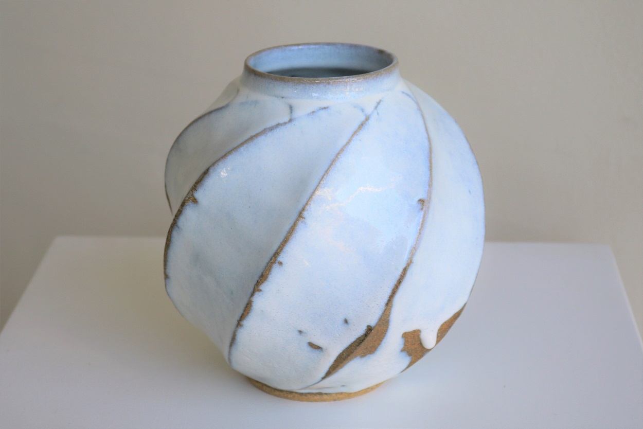 Terunobu Hirata,  'Snow' Twist Facetted Vase,  stoneware, hagi glaze, H19cm, 2017 AVAILABLE