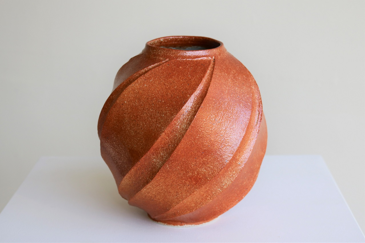 Terunobu Hirata,  'Aki' (Autumn) Vase,  stoneware, red shino glaze, H20cm, 2018 AVAILABLE