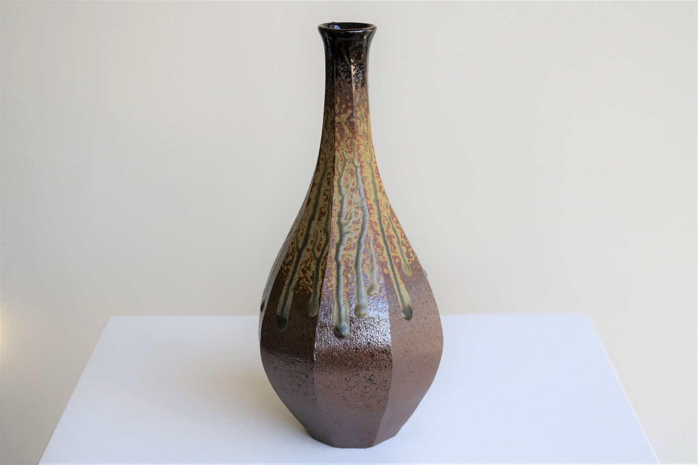 Terunobu Hirata,  Facetted Tall Neck Bottle,  stoneware, ash glaze, H28cm, 2017 AVAILABLE