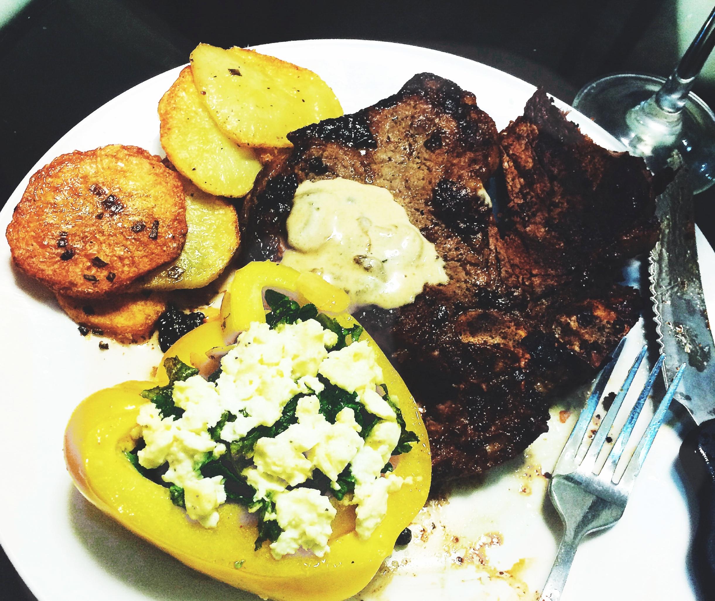 EatThisBurnThat_BakedCapsicumKaleSalad1.jpg